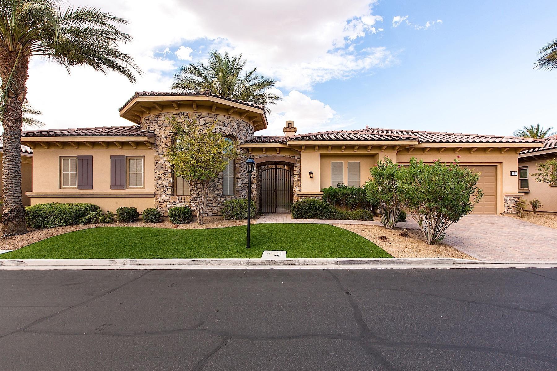 Casa para uma família para Venda às 7 Avenida Casatino Henderson, Nevada, 89011 Estados Unidos