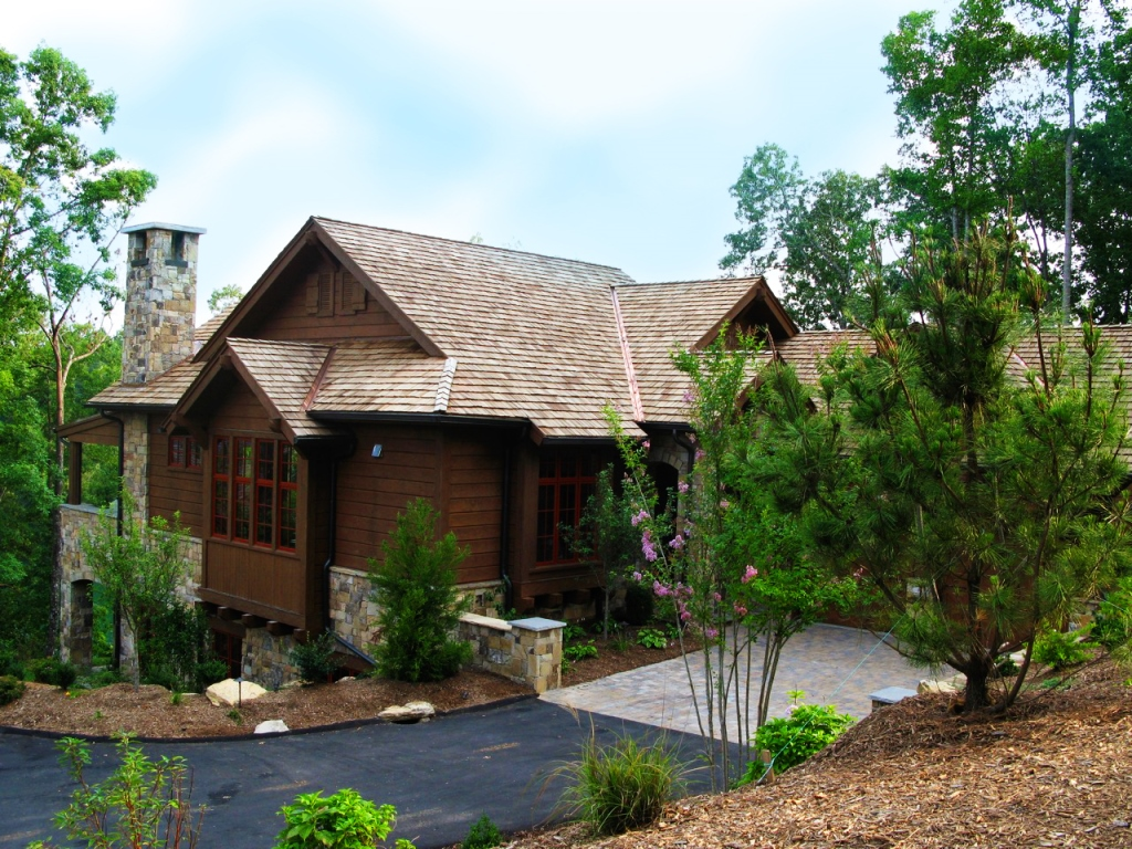 Villa per Vendita alle ore Long Lake Views on Waterfall Cove and Craftsman Influenced Architecture 168 Ridge Top Lane The Cliffs At Keowee Falls, Salem, Carolina Del Sud 29676 Stati Uniti