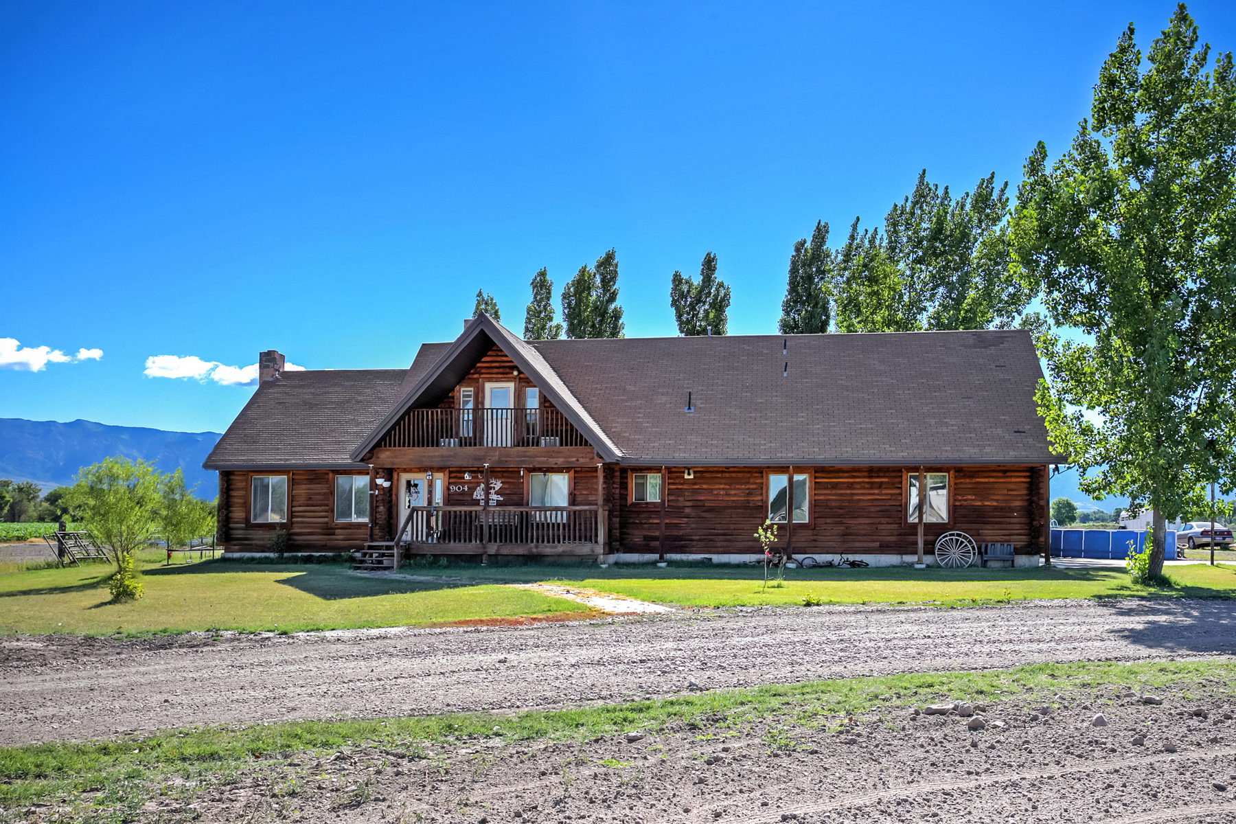 Vivienda unifamiliar por un Venta en Unique Horse Property With Amazing Views 904 North 4400 West Ogden, Utah, 84404 Estados Unidos