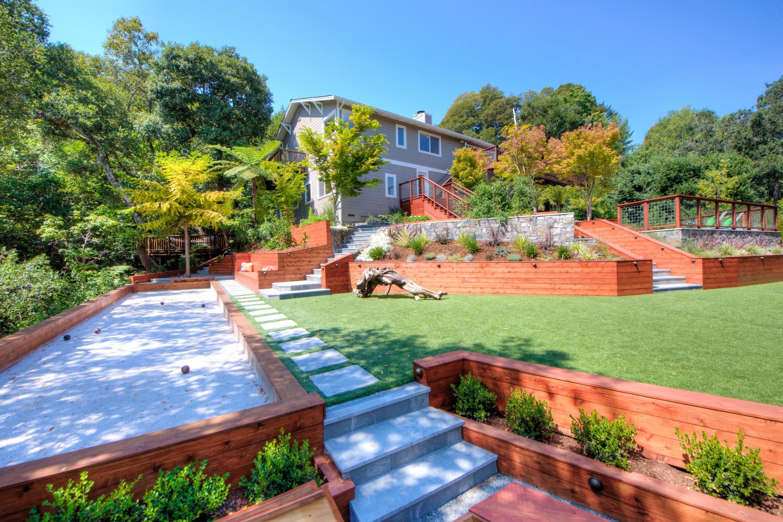 Casa Unifamiliar por un Venta en Resort Living in Kent Woodlands! 153 South Ridgewood Rd Kentfield, California 94904 Estados Unidos