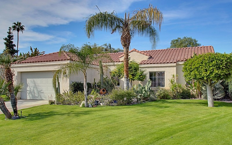 Single Family Home for Sale at 69507 Las Camelias Cathedral City, California 92234 United States