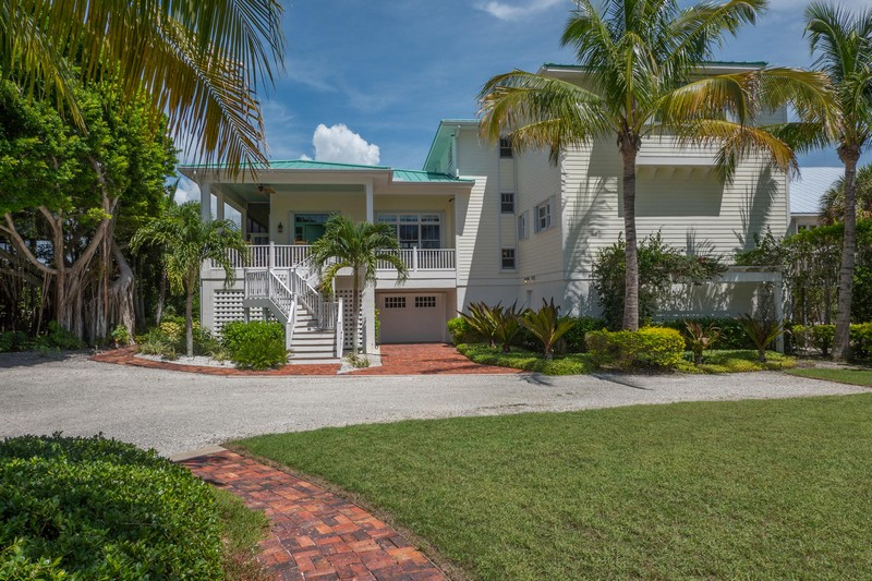 Single Family Home for Sale at 6 Peekins Cove Dr 6 Peekins Cove Dr. Boca Grande, Florida 33921 United States
