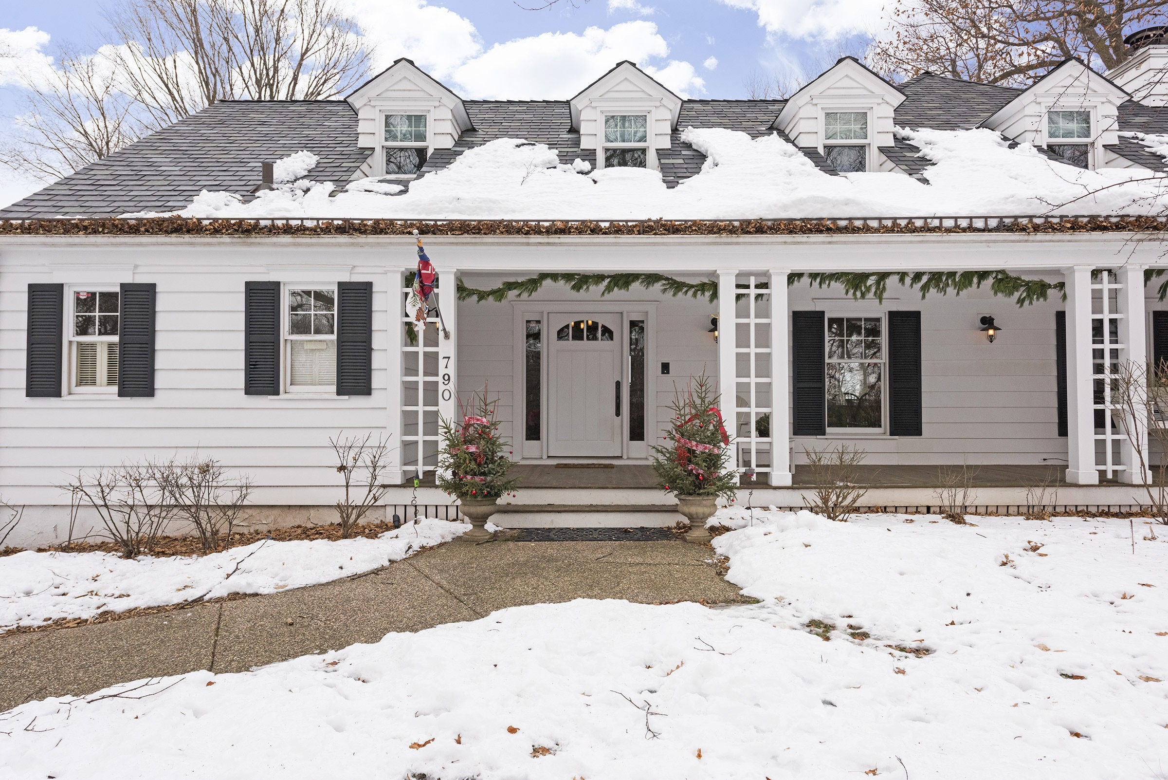 Single Family Home for Sale at 790 Pleasant View Road 790 Pleasant View Rd Chanhassen, Minnesota, 55317 United States