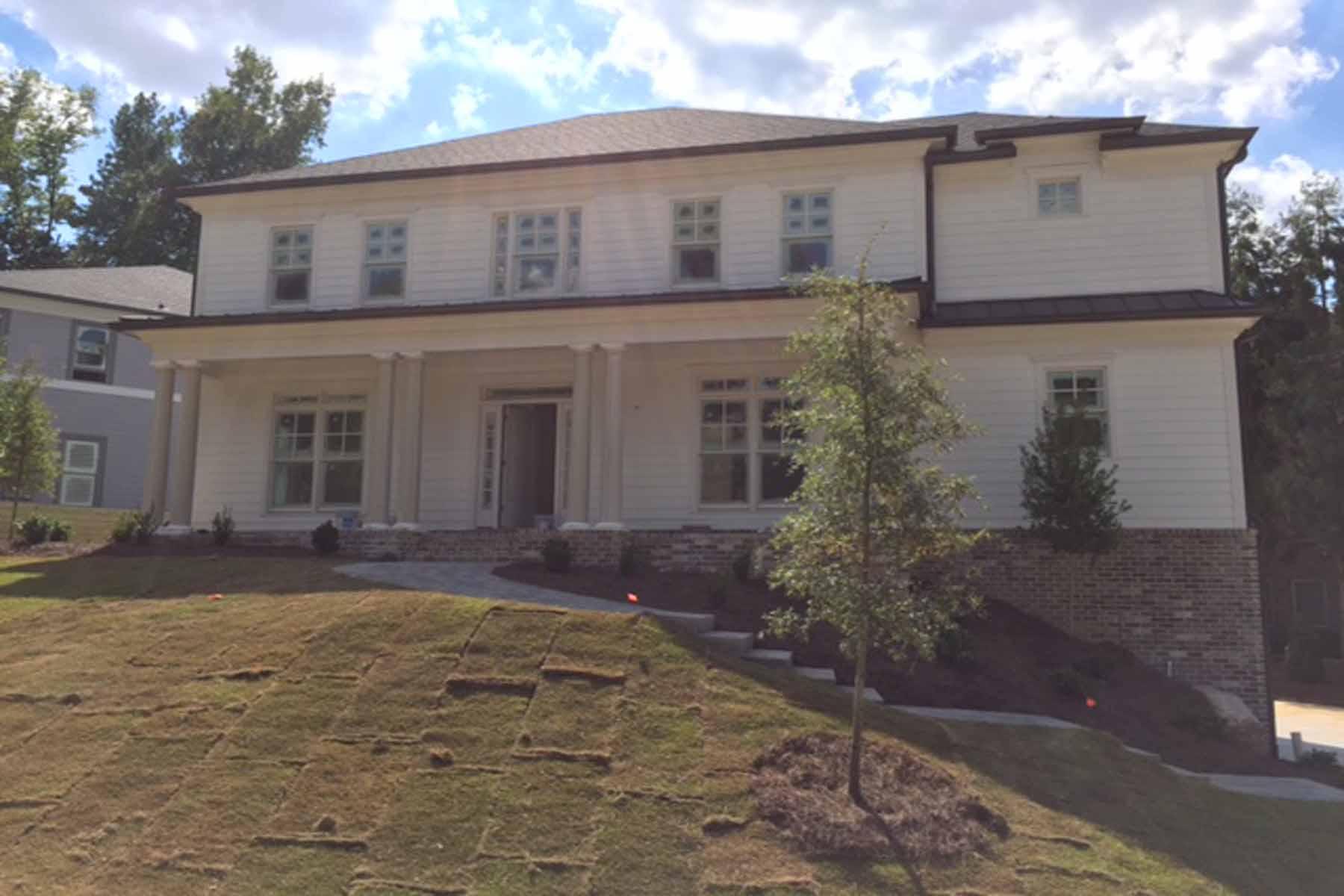 Casa para uma família para Venda às Luxury Cul-de-Sac Home in Sheridan Estates 1175 Sheridan Road NE Lot 1 Atlanta, Geórgia, 30324 Estados Unidos