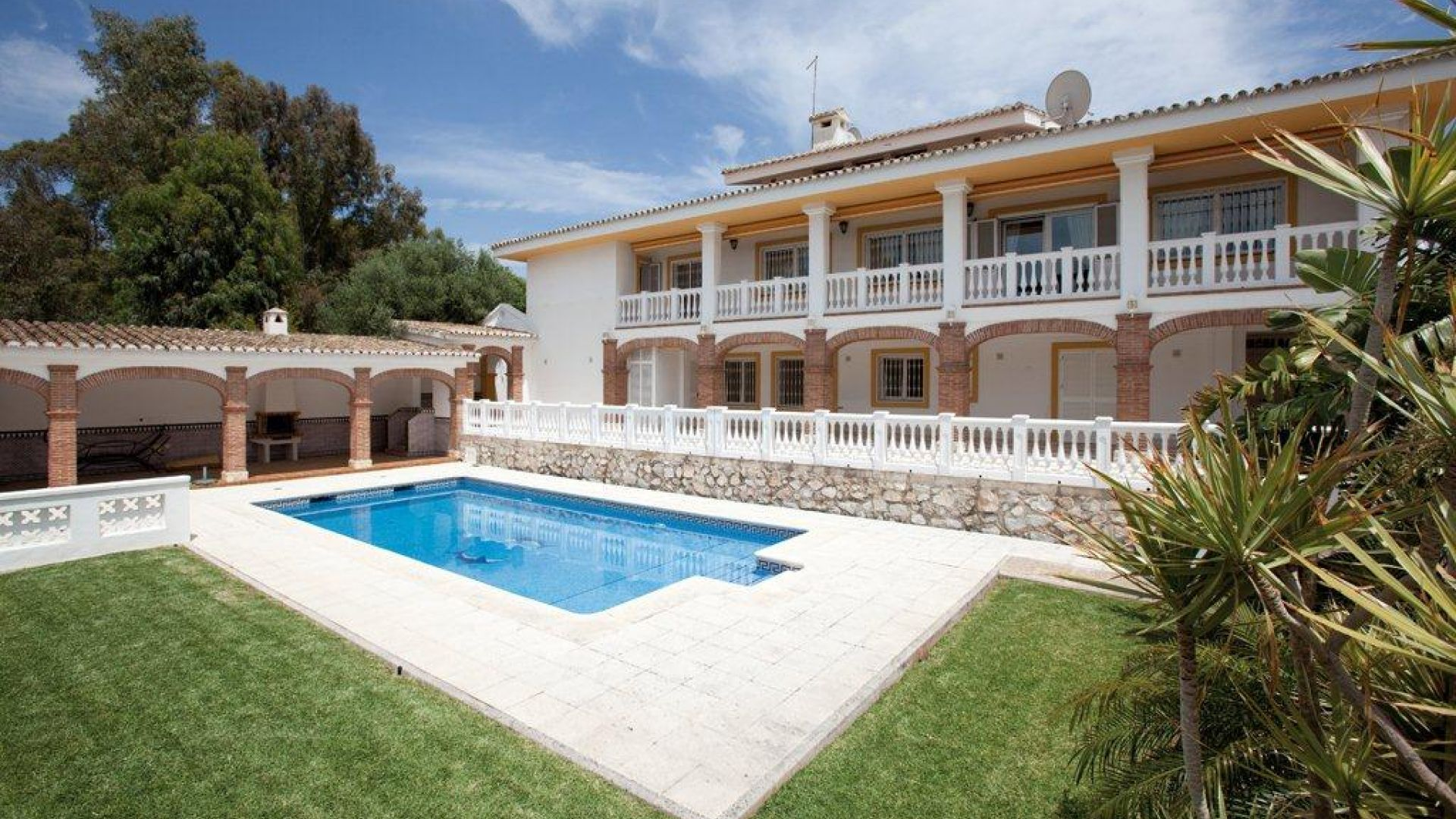 Single Family Home for Sale at Sitio de Calahonda Mijas Costa Mijas, Costa Del Sol 29649 Spain