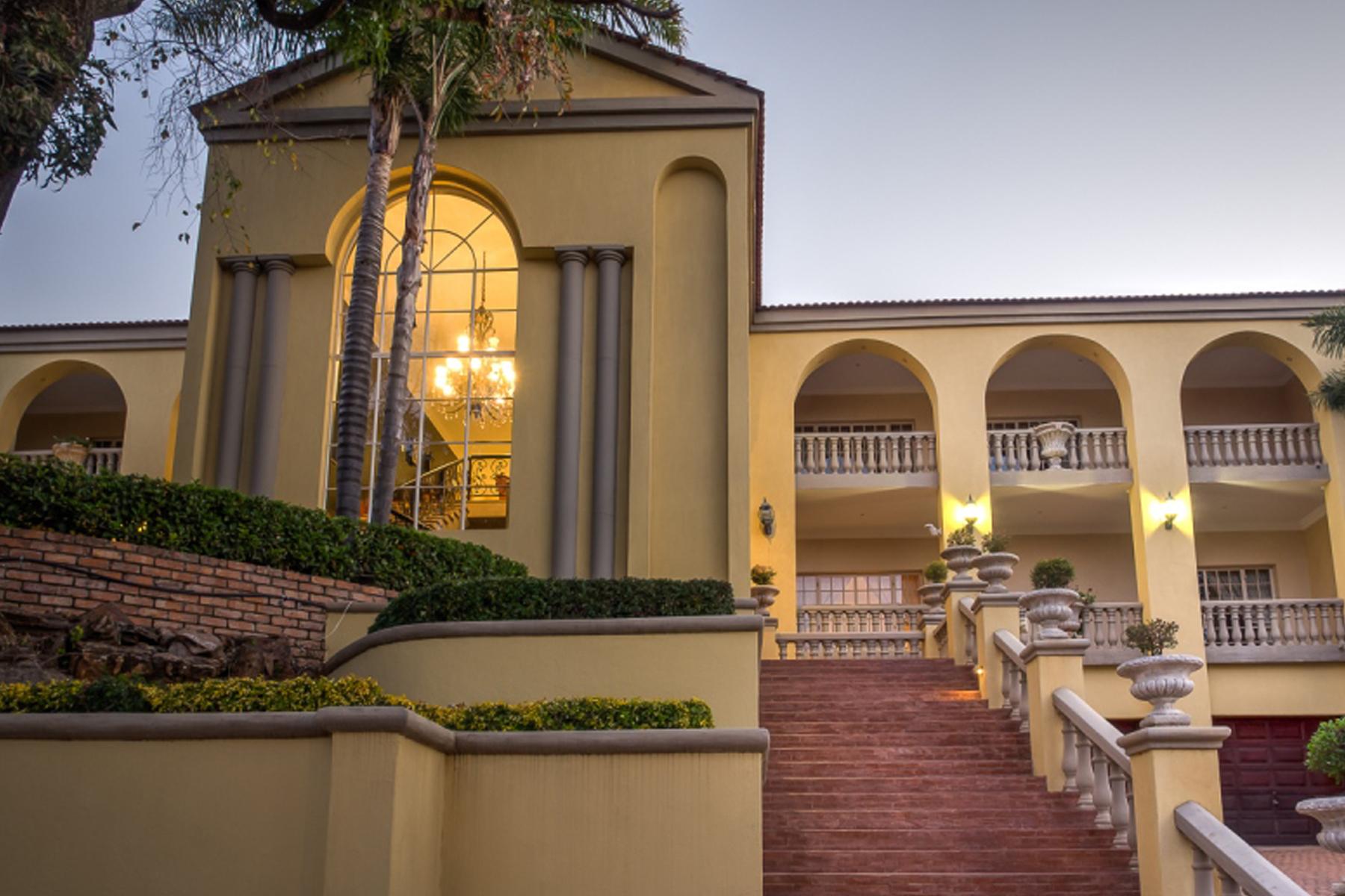 獨棟家庭住宅 為 出售 在 Herbert Baker Street Pretoria, 豪登省, 0001 南非