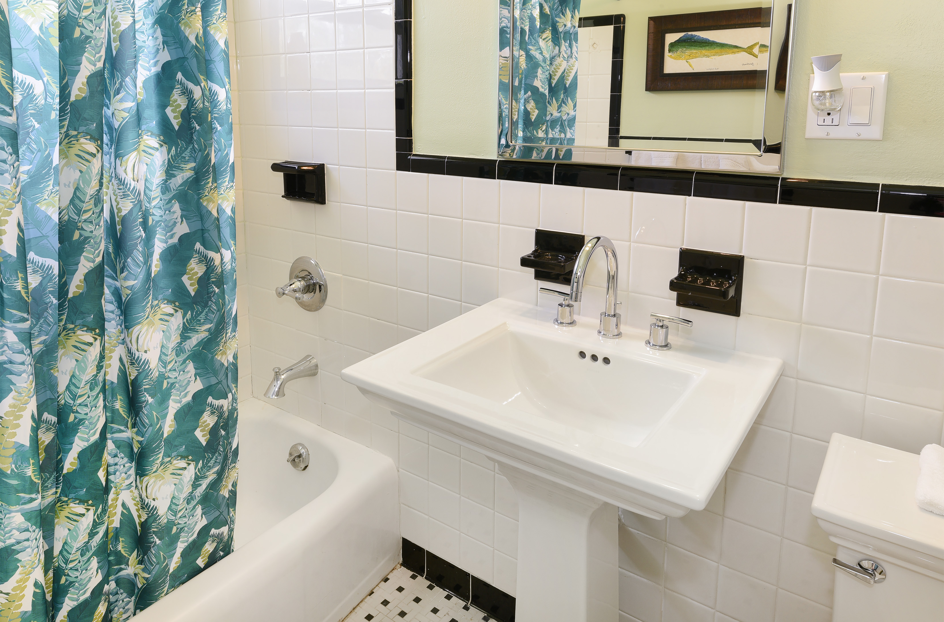 Additional photo for property listing at Turtle Key 87437 Old Highway Islamorada, Florida 33036 Estados Unidos