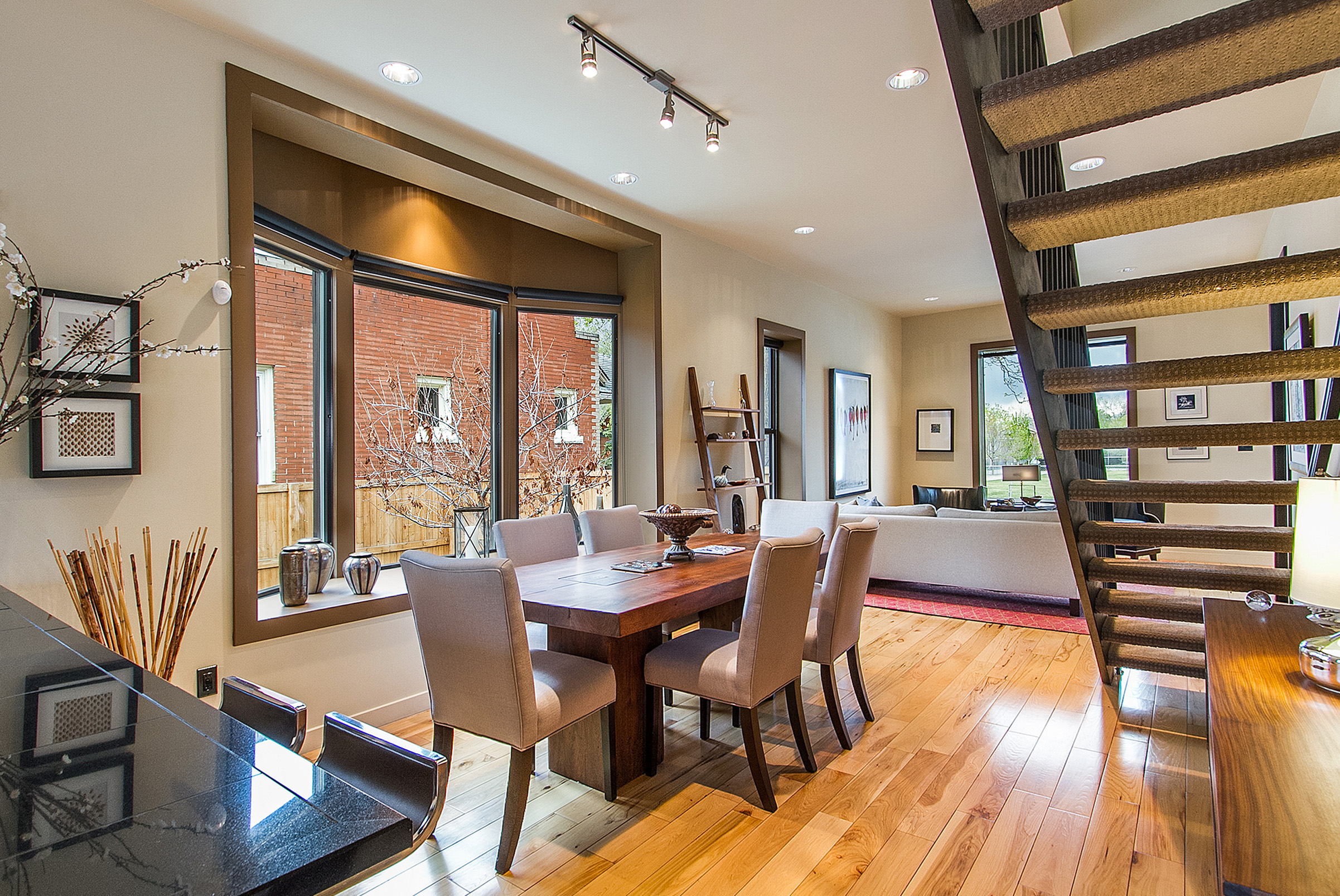 Single Family Home for Sale at Professionally Remodeled and Updated Home in Pristine Condition! 752 S. Pearl Street Washington Park, Denver, Colorado 80209 United States
