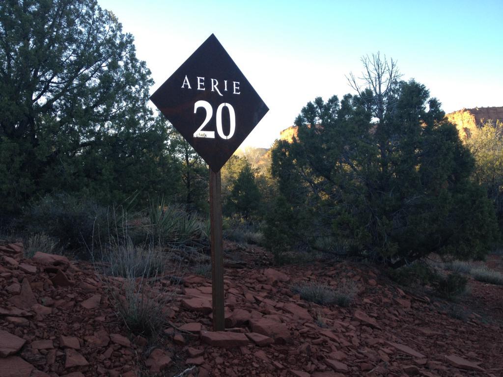 土地 为 销售 在 Aerie Lot 20 150 Altair Ave Sedona, 亚利桑那州 86336 美国