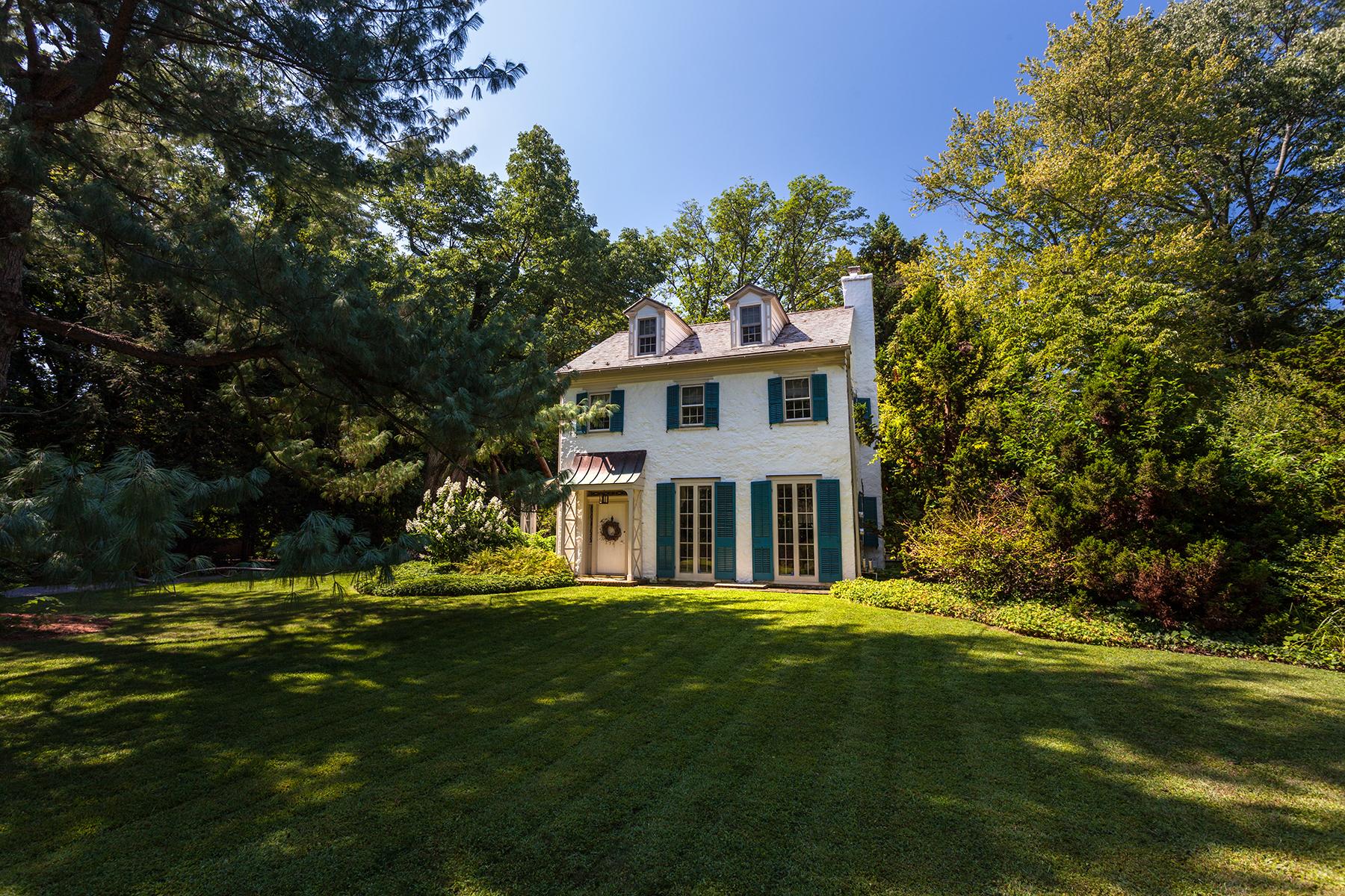 Nhà ở một gia đình vì Bán tại Early American Estate 651 River Road Yardley, Pennsylvania 19067 Hoa Kỳ