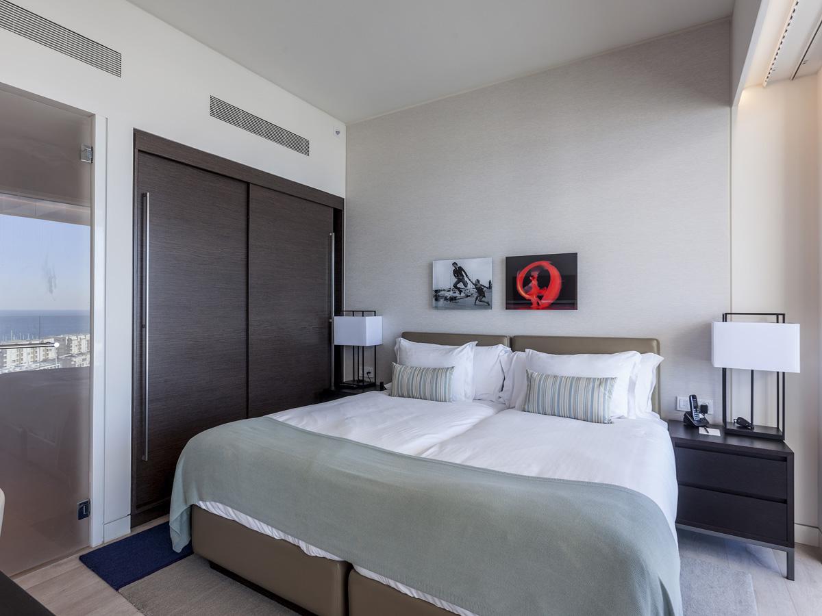 Additional photo for property listing at The Ritz-Carlton Luxury Penthouse  Herzliya Pituach, Israel 46555 Israel