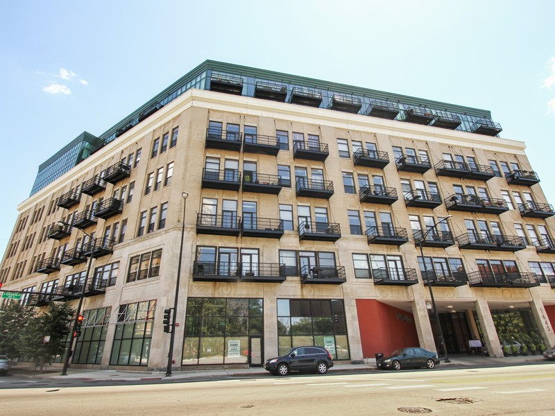 Condominium for Sale at West Loop Loft 1645 W Ogden Avenue #426 Near West Side, Chicago, Illinois 60612 United States