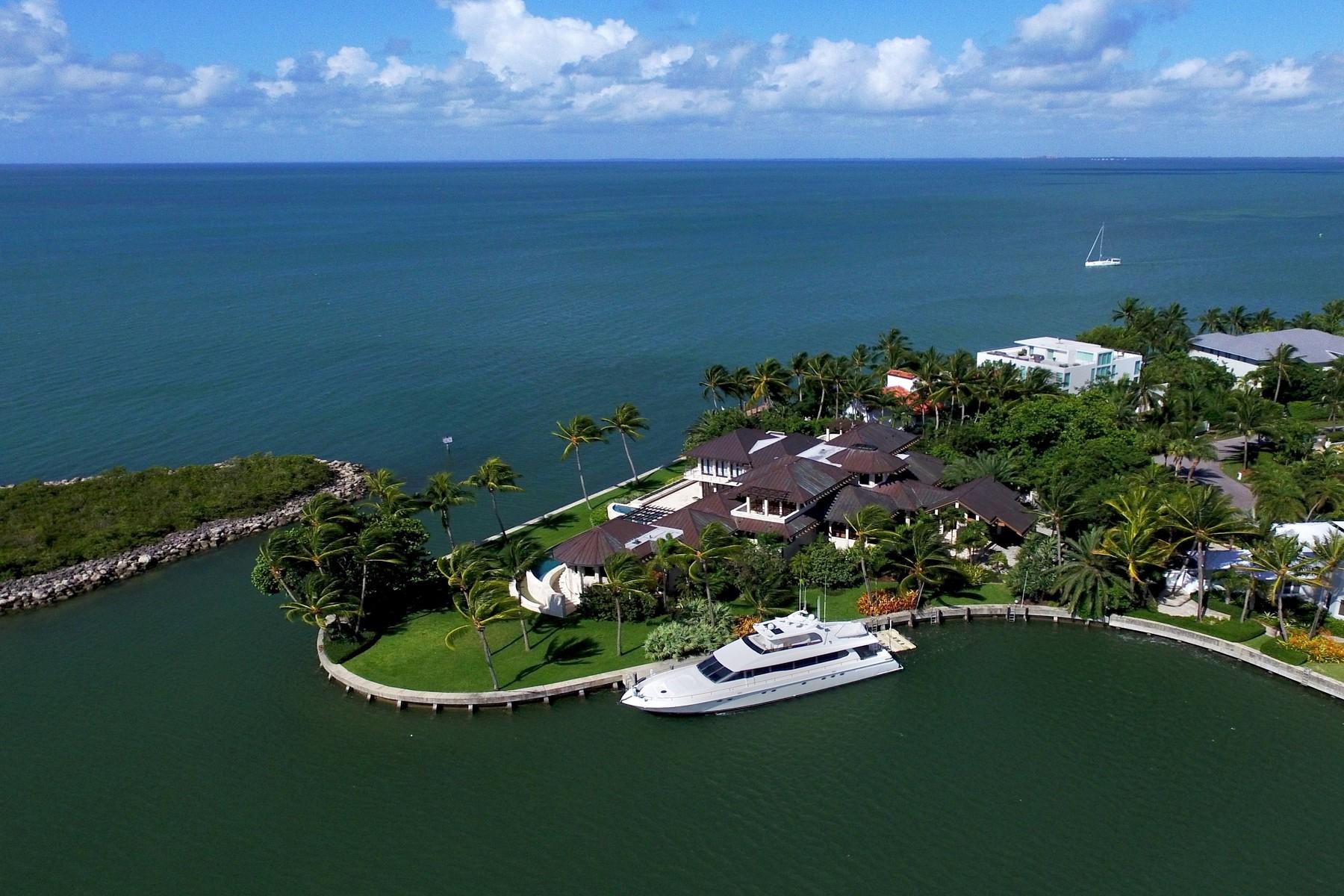 Nhà ở một gia đình vì Bán tại 400 S Mashta Dr Key Biscayne, Florida, 33149 Hoa Kỳ