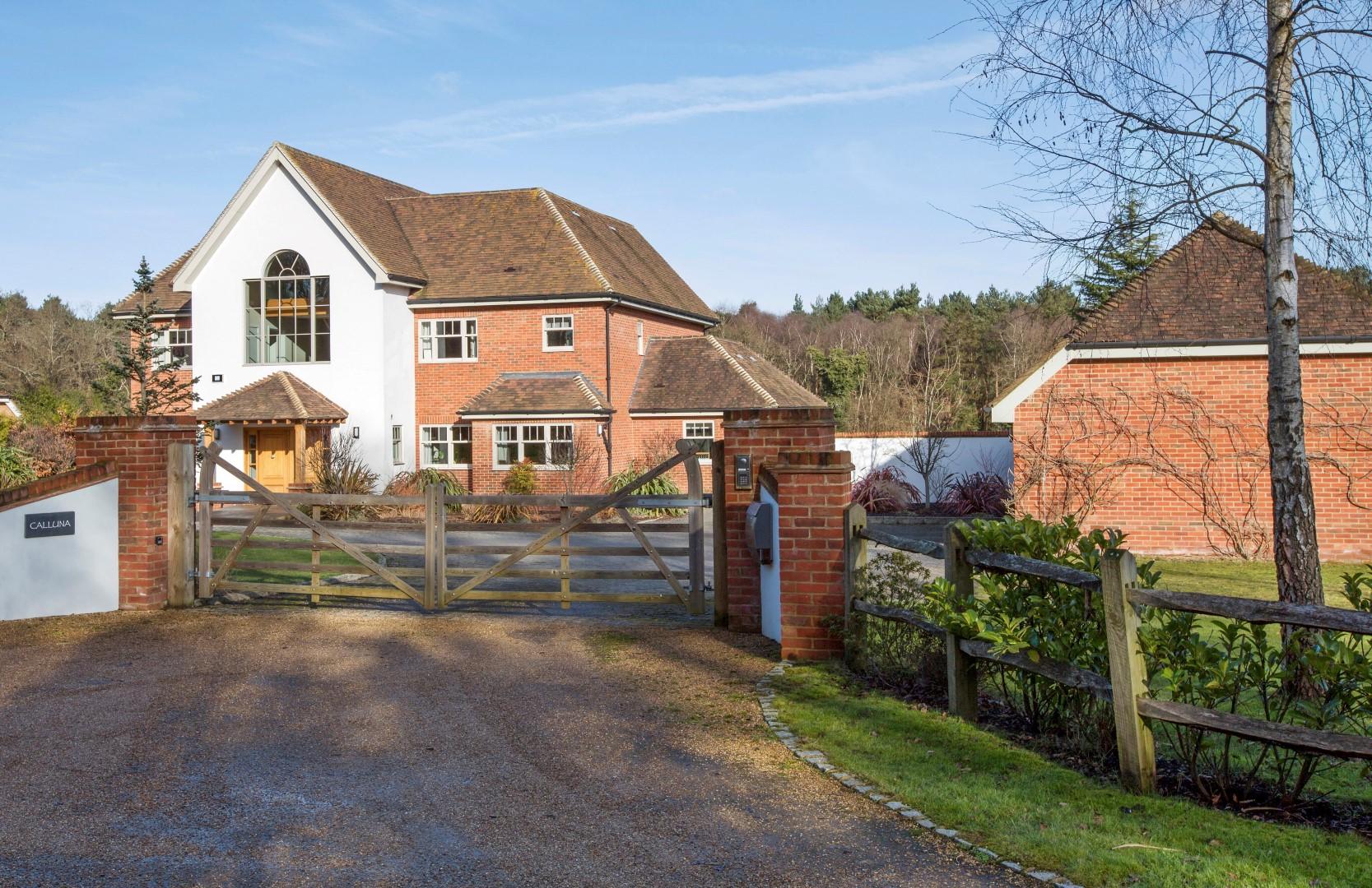 Single Family Home for Sale at Worplesdon Blackhorse Road Other England, England GU220QT United Kingdom
