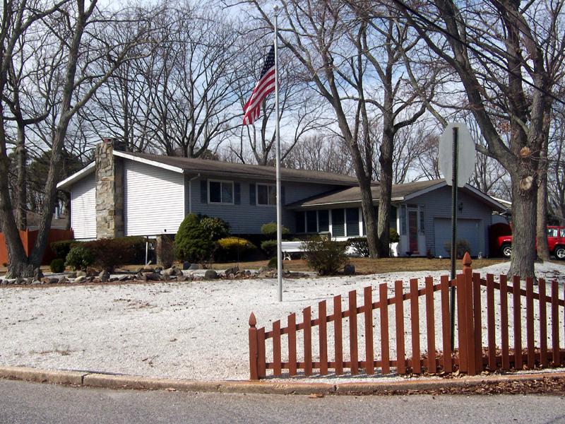 Maison unifamiliale pour l Vente à Great Family Home 57 Blue Jay Drive Brick, New Jersey 08723 États-Unis