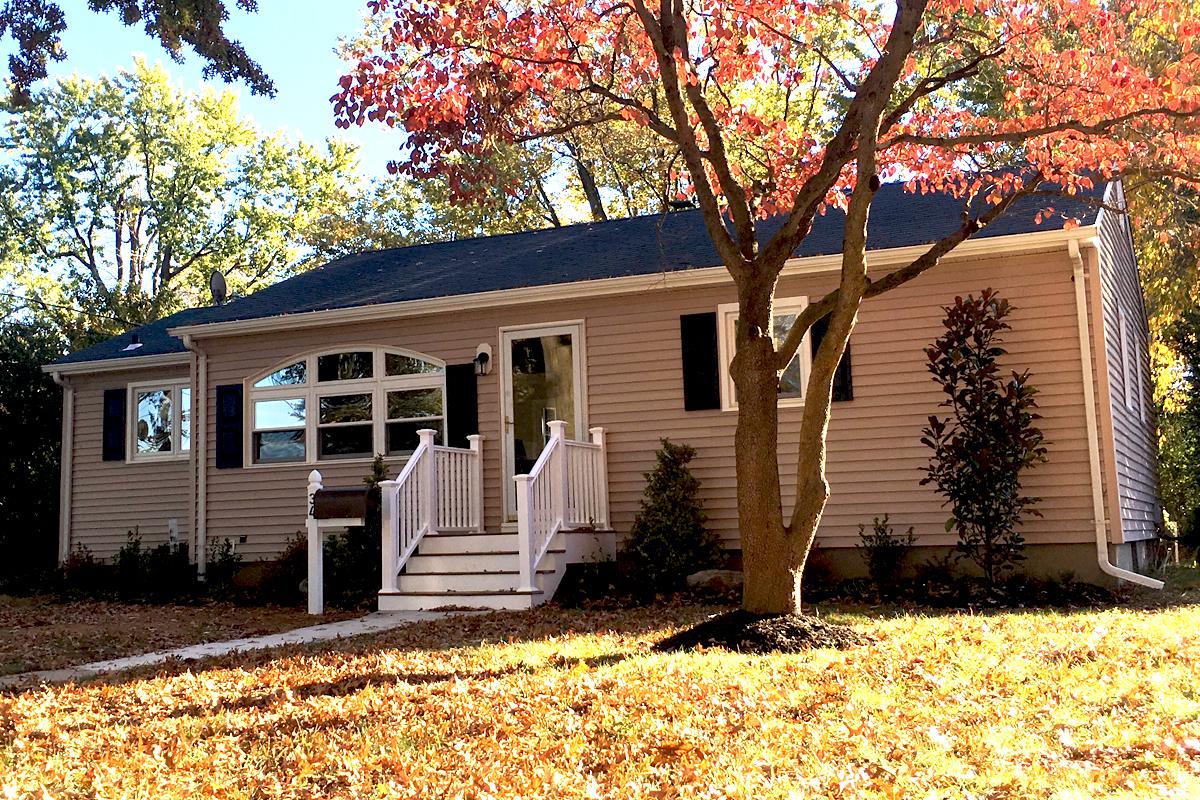 一戸建て のために 売買 アット Shrewsbury Cottage 34 N Park Ave Shrewsbury, ニュージャージー, 07702 アメリカ合衆国