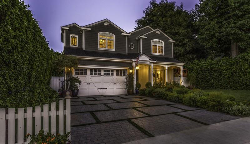 sales property at 4152 Greenbush Ave