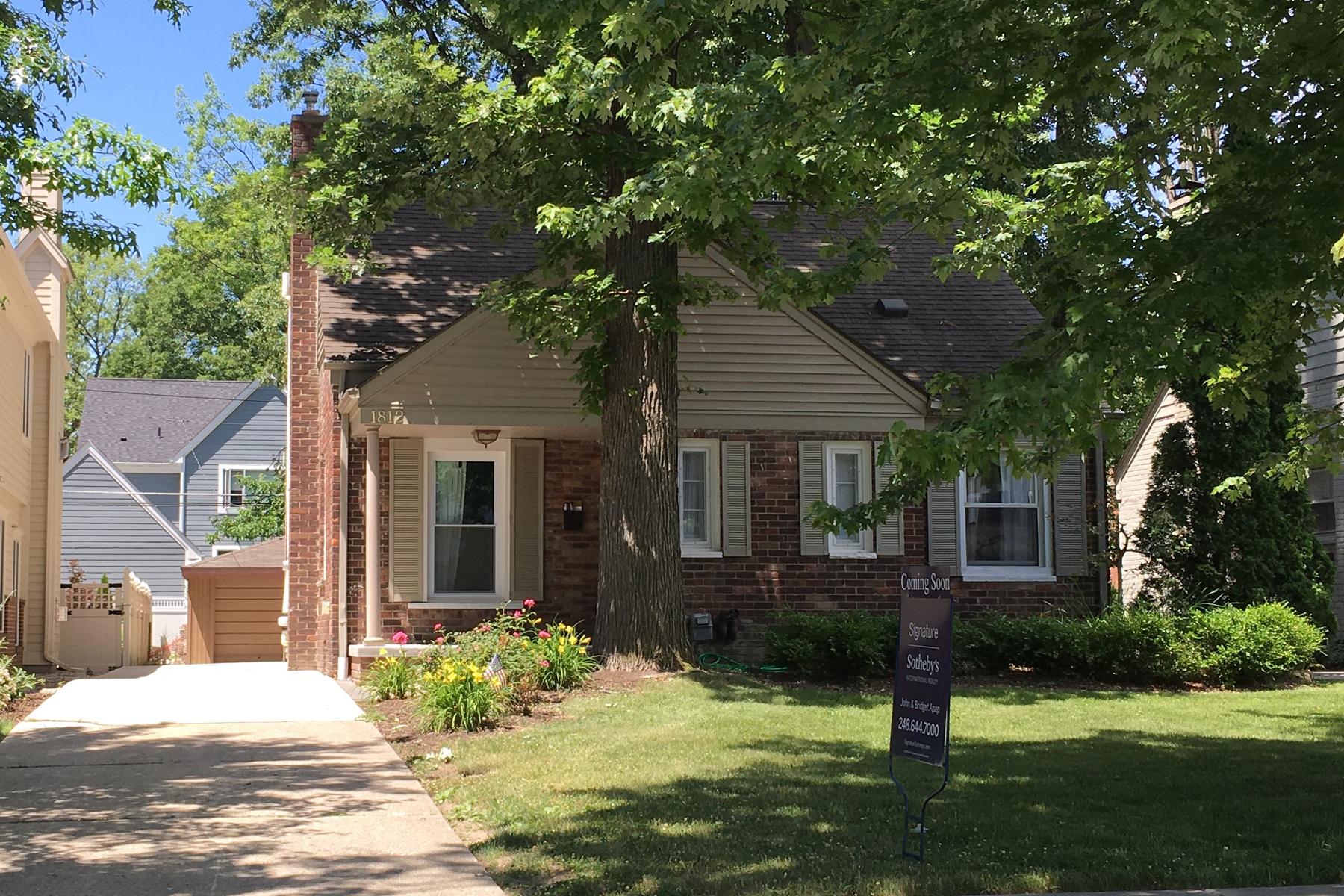 Single Family Home for Sale at Birmingham 1812 S Bates Street Birmingham, Michigan, 48009 United States
