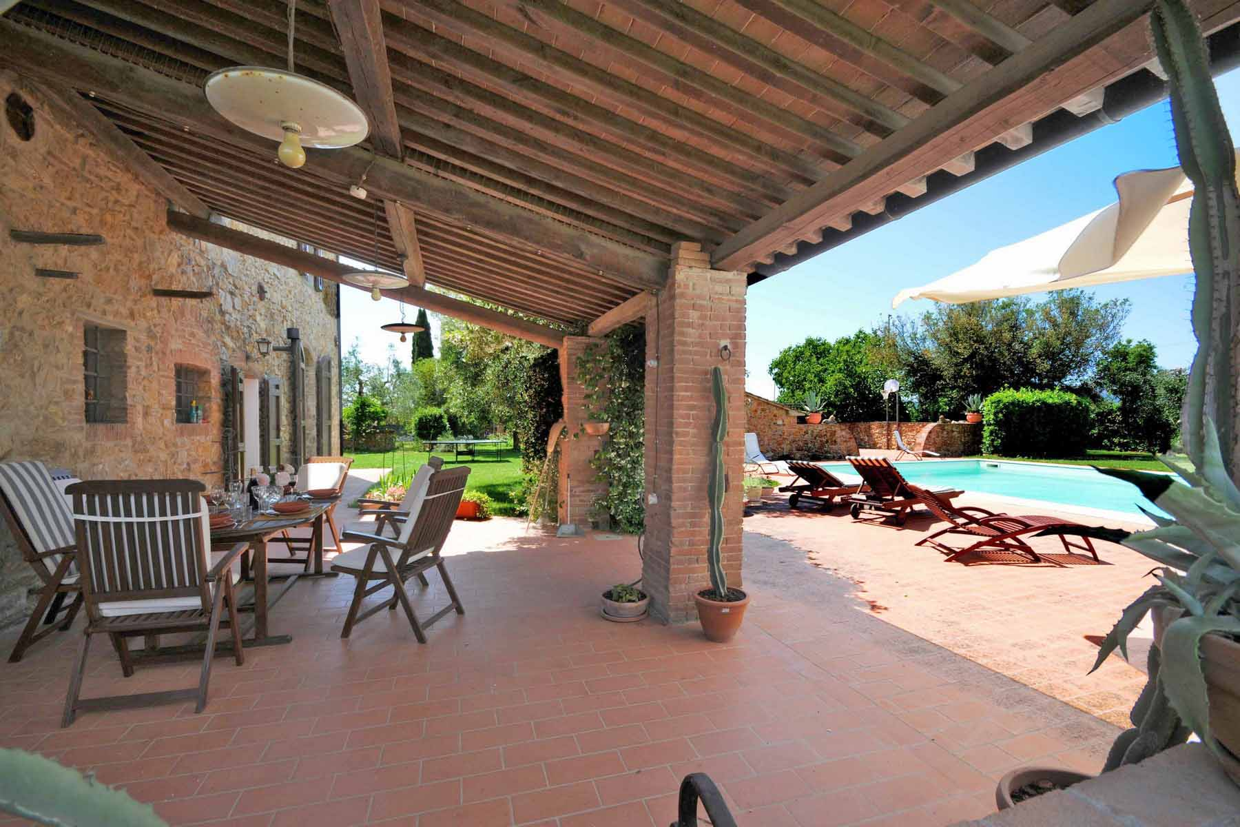 Additional photo for property listing at Lovely Tuscan-style villa close to the sea Campiglia Marittima, Livorno Italien