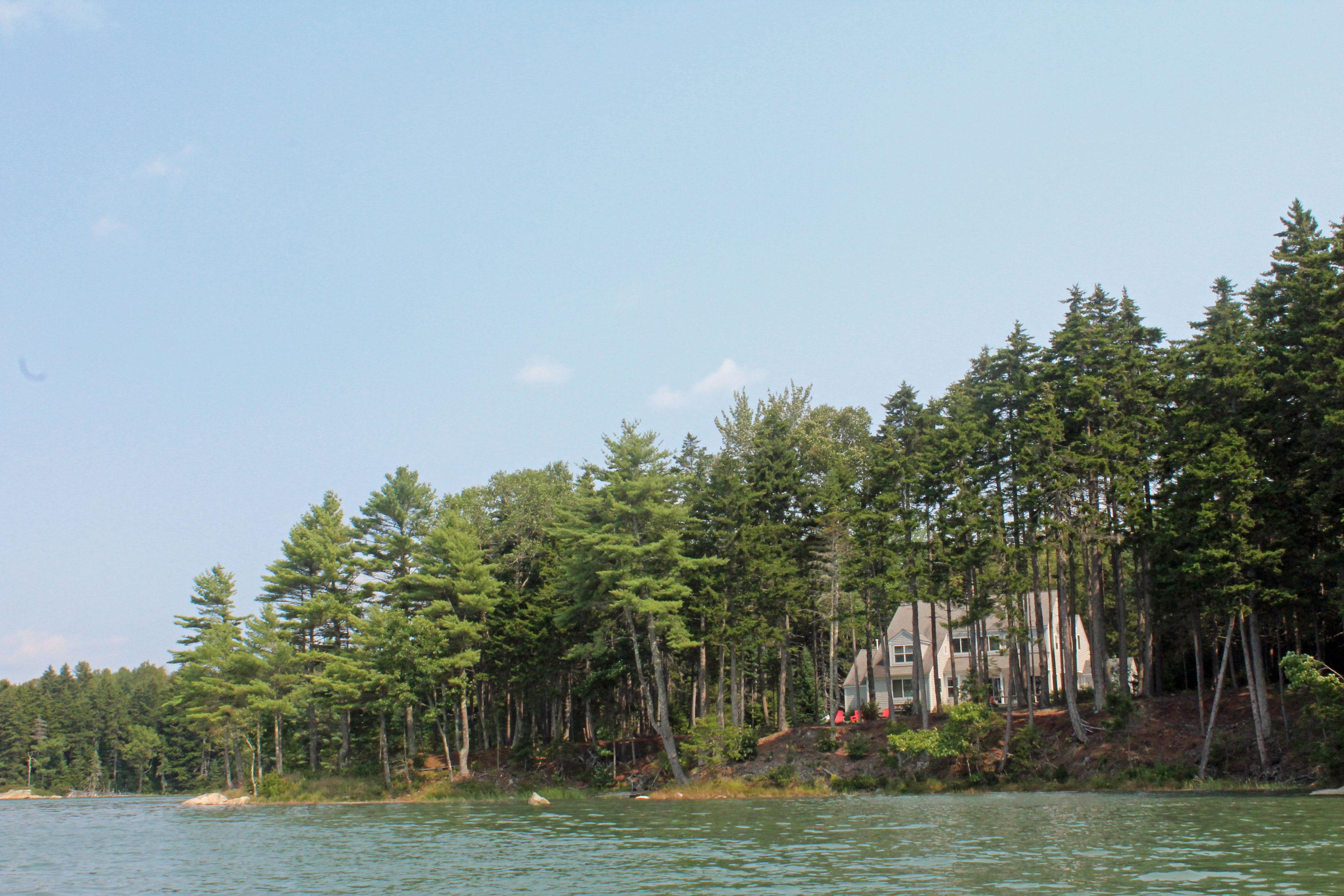 Single Family Home for Sale at 100 Thomas Lane, Waldoboro Waldoboro, Maine 04572 United States