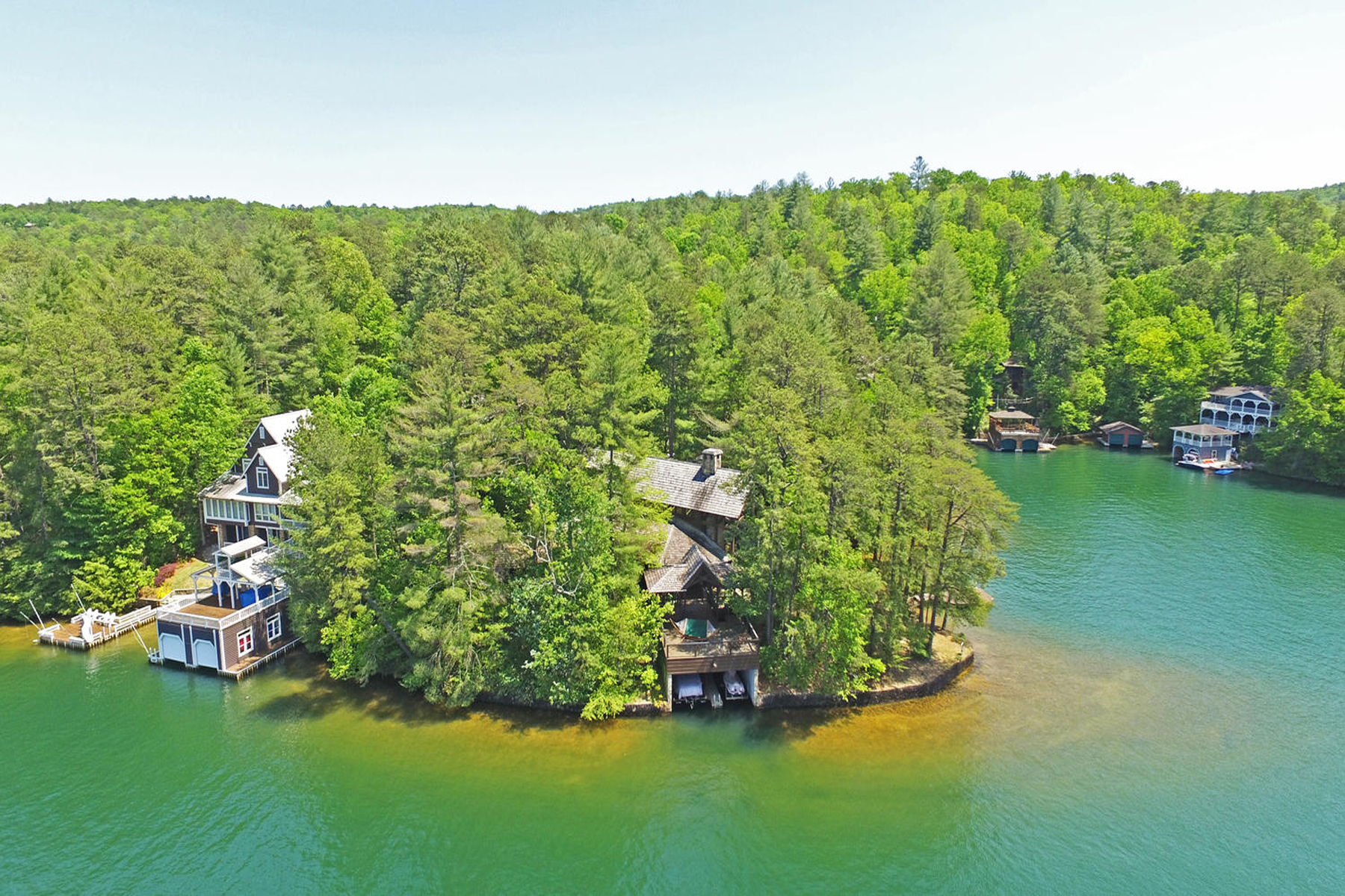 sales property at Luxury Lakefront Lodge