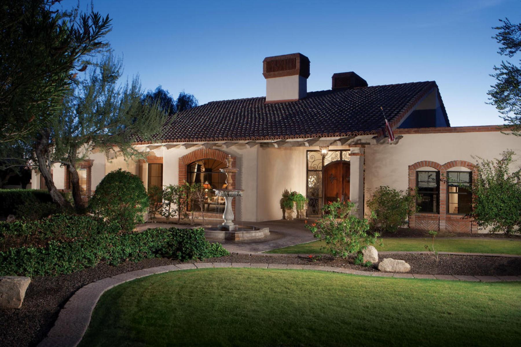 獨棟家庭住宅 為 出售 在 Impressively remodeled classic spanish home. 5824 N 33RD PL Paradise Valley, 亞利桑那州, 85253 美國