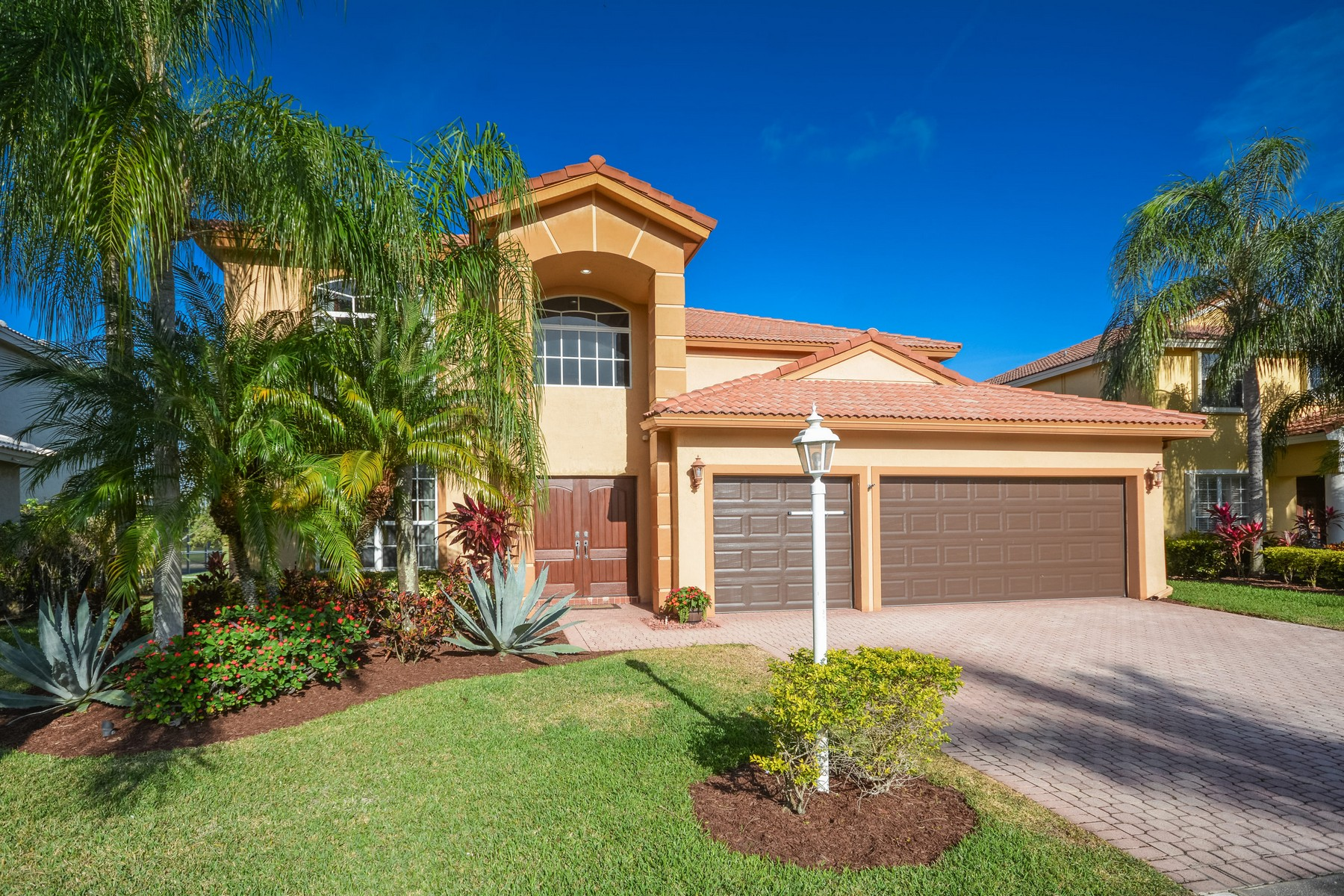 Single Family Home for Sale at 12641 Yardley Dr , Boca Raton, FL 33428 12641 Yardley Dr Boca Raton, Florida, 33428 United States