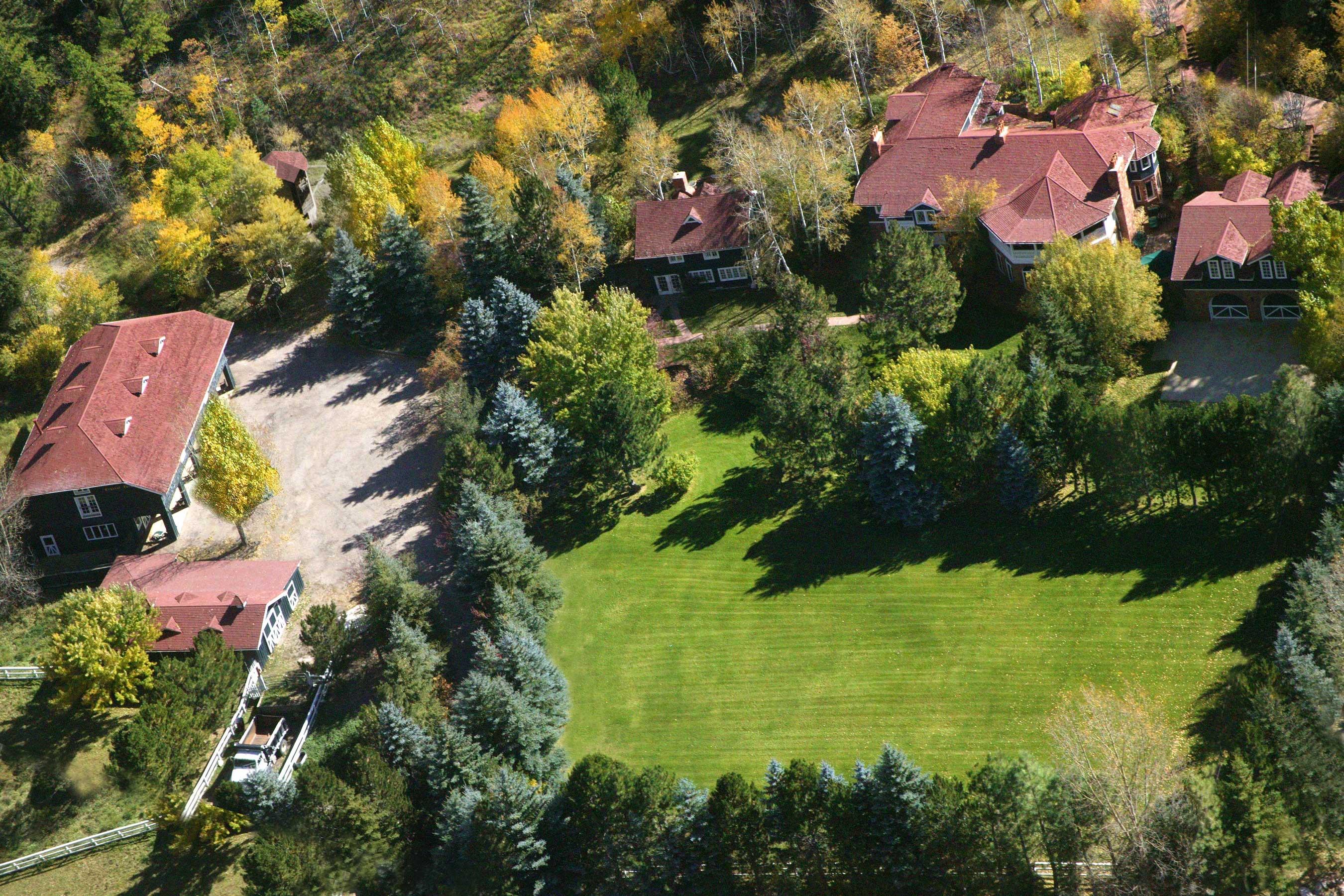 Granjas / Hacienda / Platanción por un Venta en Crystal Farm Estate 18 Antelope Drive Redstone, Colorado 81623 Estados Unidos