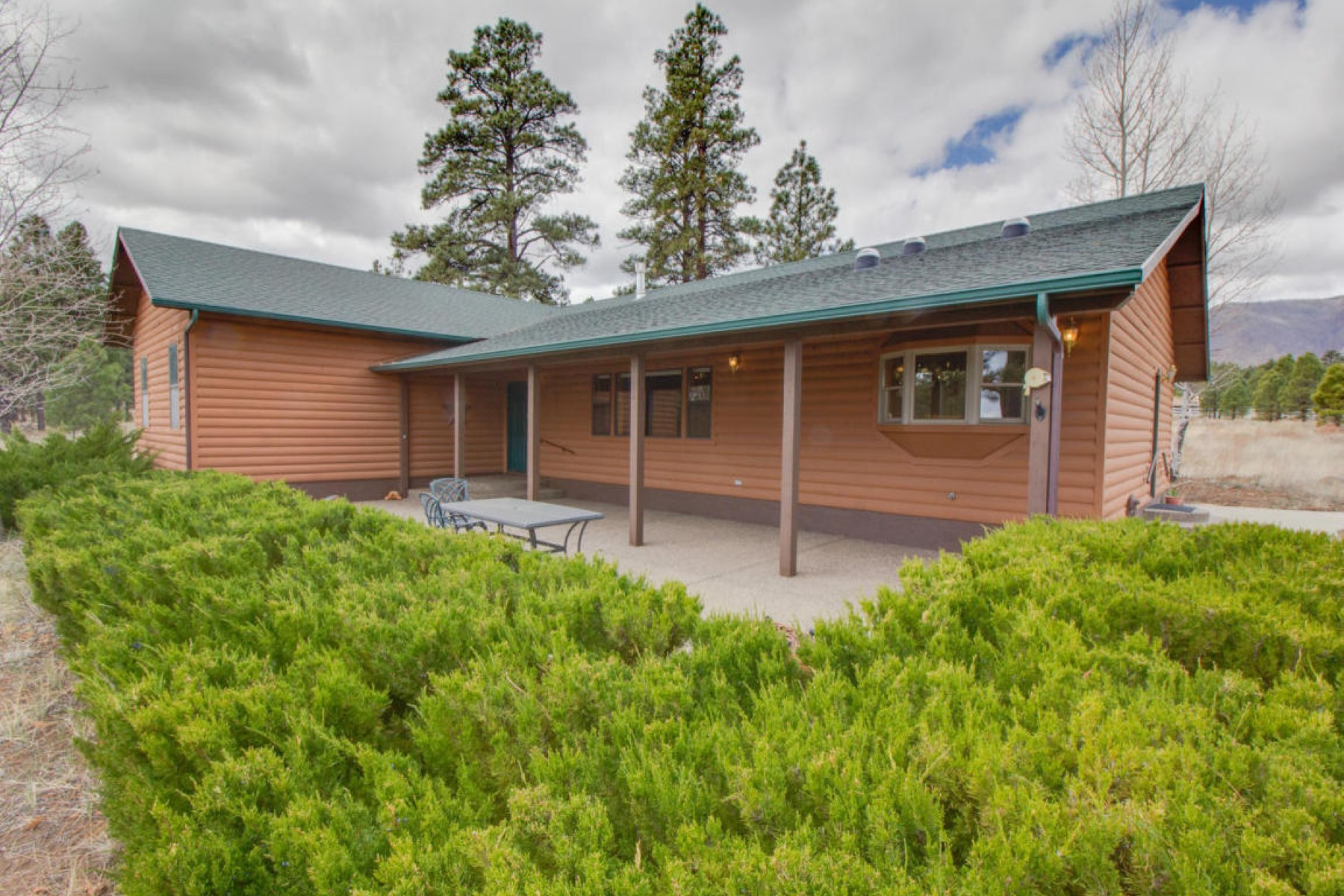 Single Family Home for Sale at Single level home boarding the national forest 10790 N Sage Rd Flagstaff, Arizona, 86004 United States