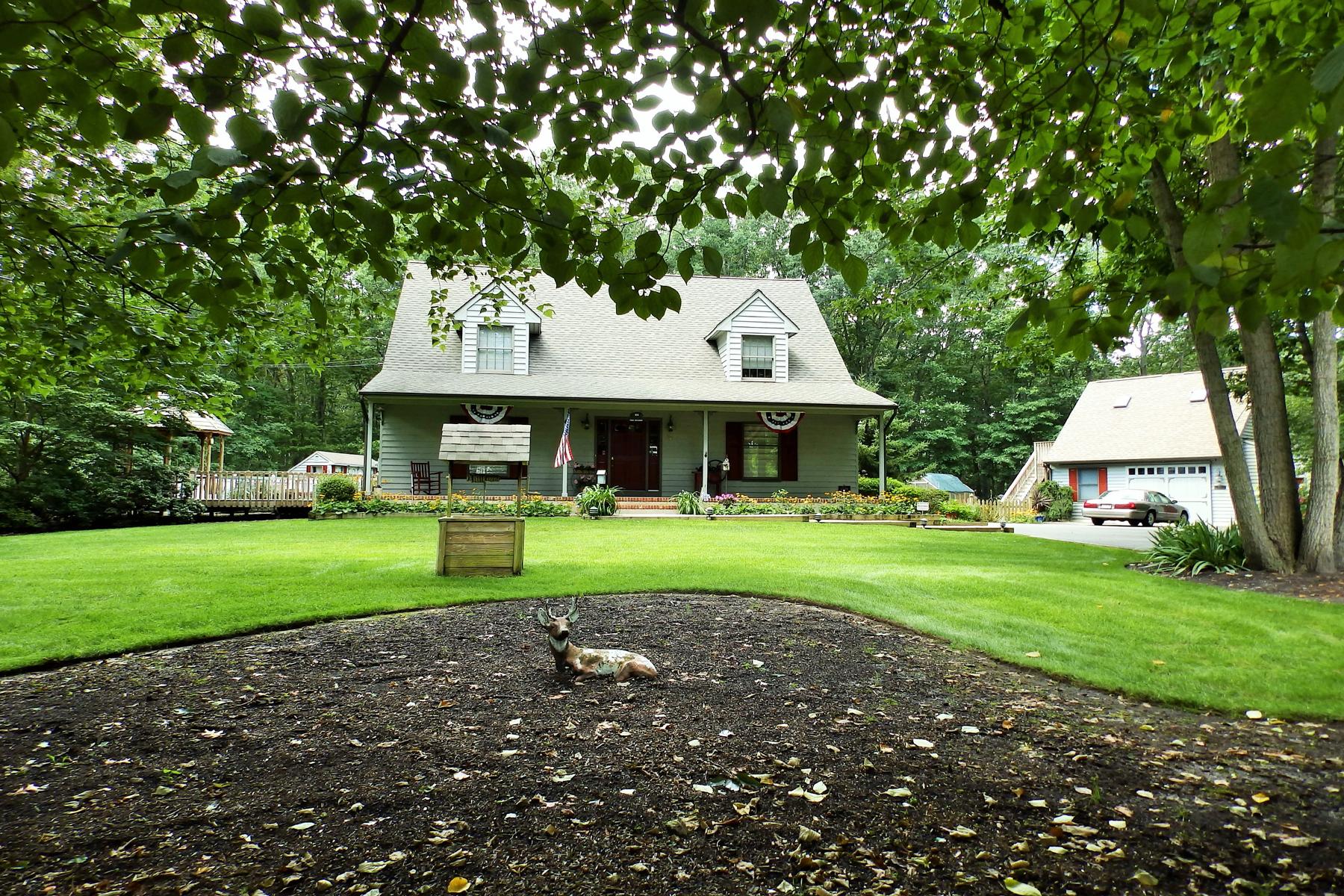 独户住宅 为 销售 在 Enjoy Country Living! 26 Shenandoah Avenue 曼彻斯特, 新泽西州 08759 美国