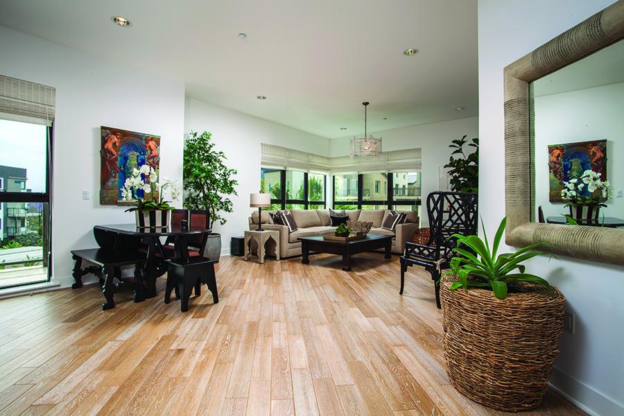 Кооперативная квартира для того Продажа на 402 Rockefeller #304 Irvine, Калифорния 92612 Соединенные Штаты