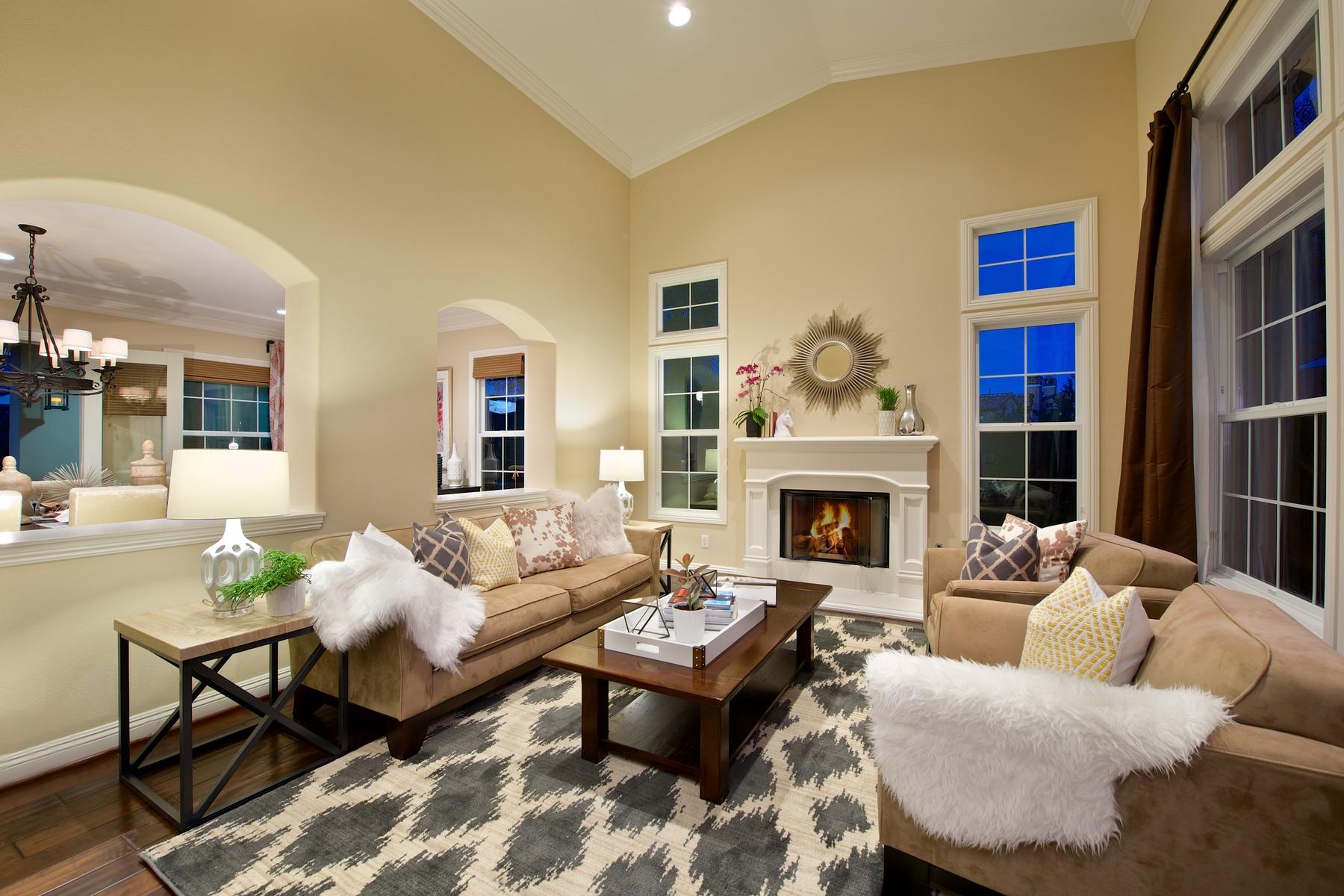 Maison unifamiliale pour l Vente à 15586 Rising River Place South San Diego, Californie 92127 États-Unis