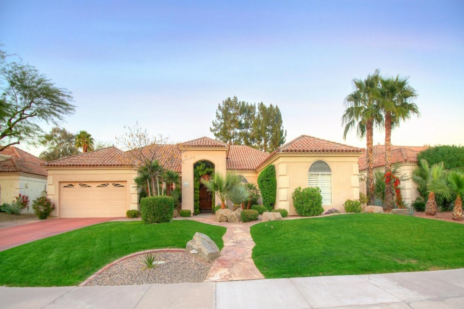 sales property at Charming home in the highly desirable St Tropez neighborhood in Scottsdale Ranch