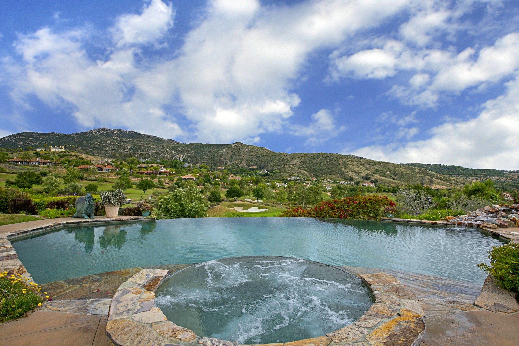 Additional photo for property listing at 14135 Biscayne Place  Poway, California 92064 Estados Unidos