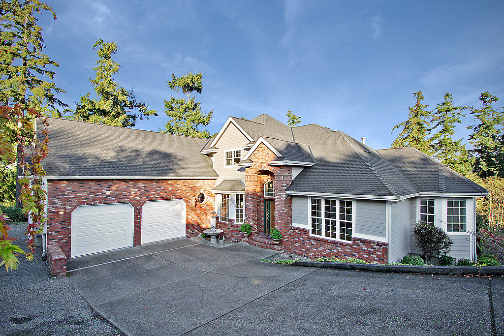 sales property at Edgewood Craftsman
