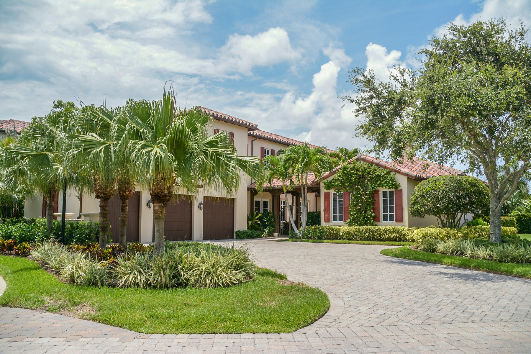Single Family Home for Sale at 446 Red Hawk Drive at Trump National Jupiter Jupiter, Florida, 33477 United States