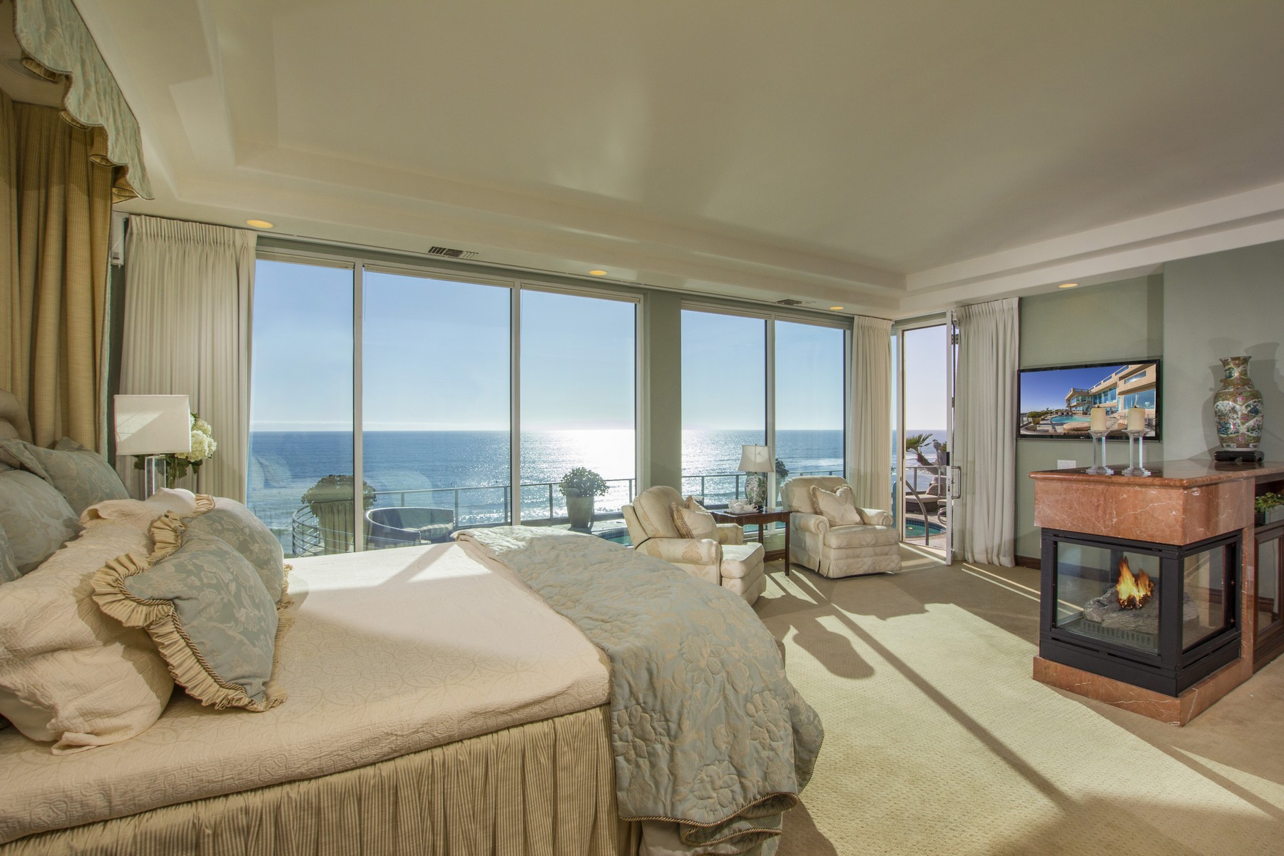 Additional photo for property listing at 5212 Chelsea Street  La Jolla, California 92037 United States
