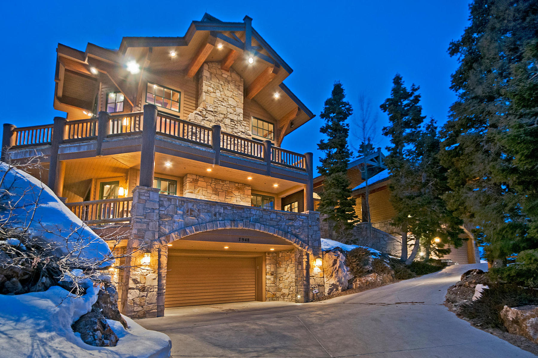 단독 가정 주택 용 매매 에 Timeless Deer Valley Ski-In Ski-out Mountain Retreat 7948 Red Tail Ct Park City, 유타, 84060 미국