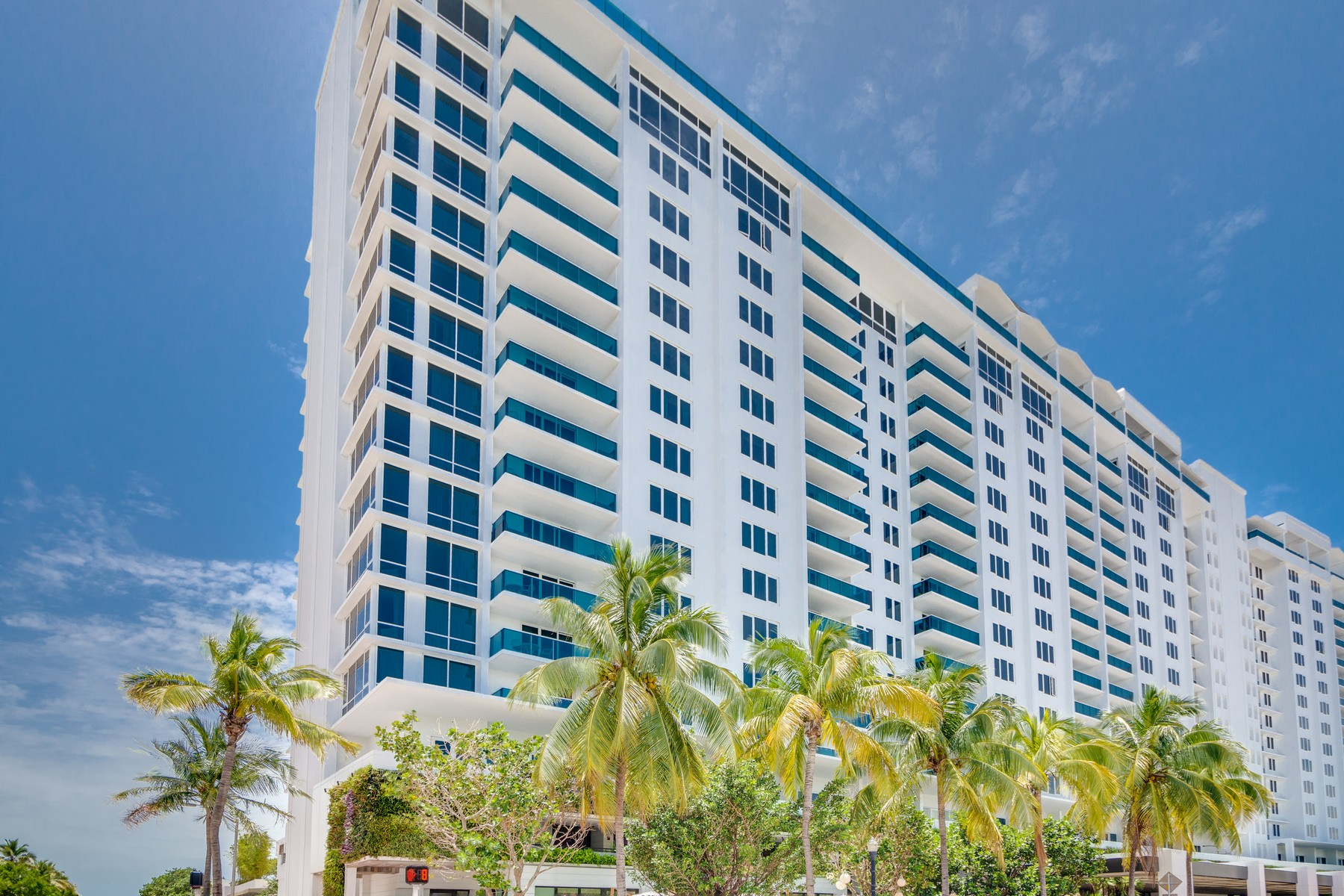 Piso por un Venta en 2301 Collins Ave #419 Miami Beach, Florida 33139 Estados Unidos