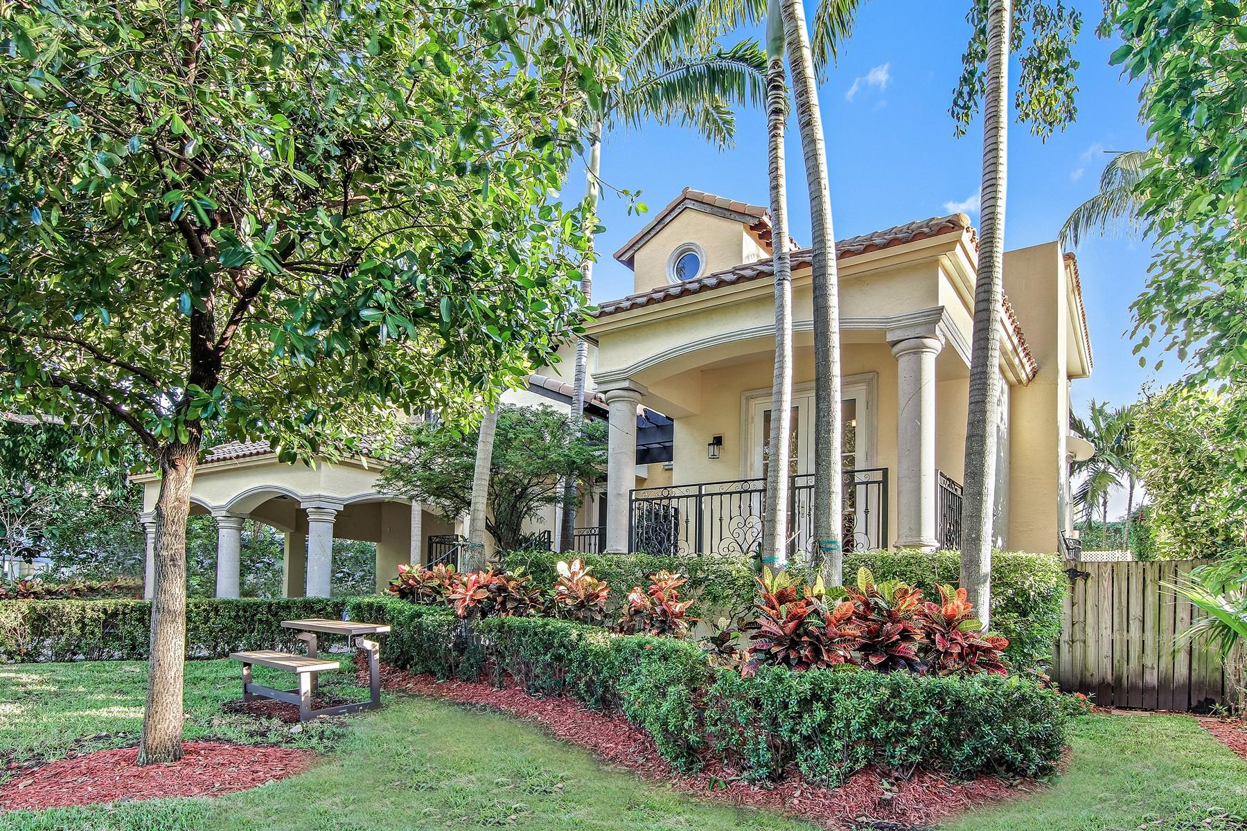 Casa para uma família para Venda às 350 Redwood Lane Key Biscayne, Florida 33149 Estados Unidos