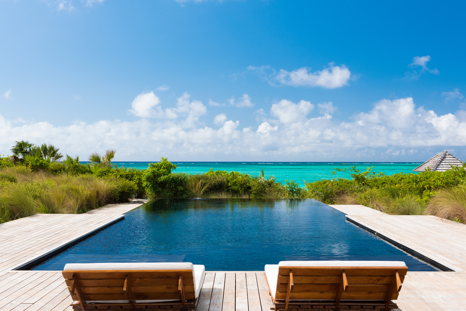 Additional photo for property listing at Point House Beachfront Estate Parrot Cay, Parrot Cay TCI Îles Turques Et Caïques