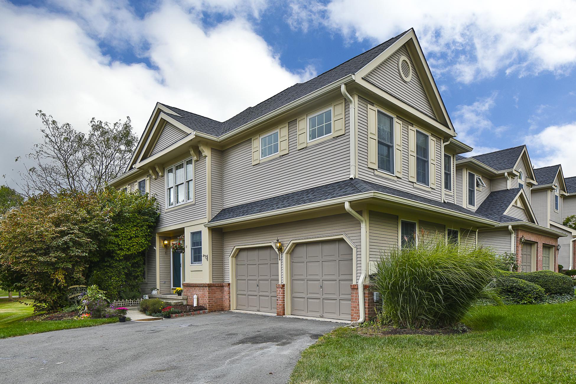 Stadthaus für Verkauf beim Lovely, Sunny End Unit in Leafy Washington Oaks 31 Benjamin Rush Lane Princeton, New Jersey 08540 Vereinigte Staaten