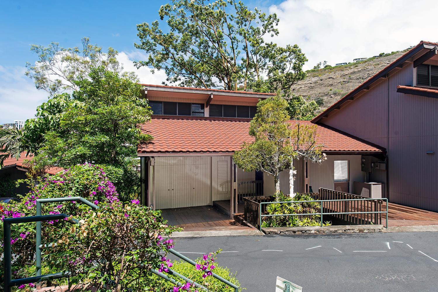 Condominium for Sale at Kahala Casual Elegance 1487 Hiikala Place, #15 Honolulu, Hawaii 96816 United States