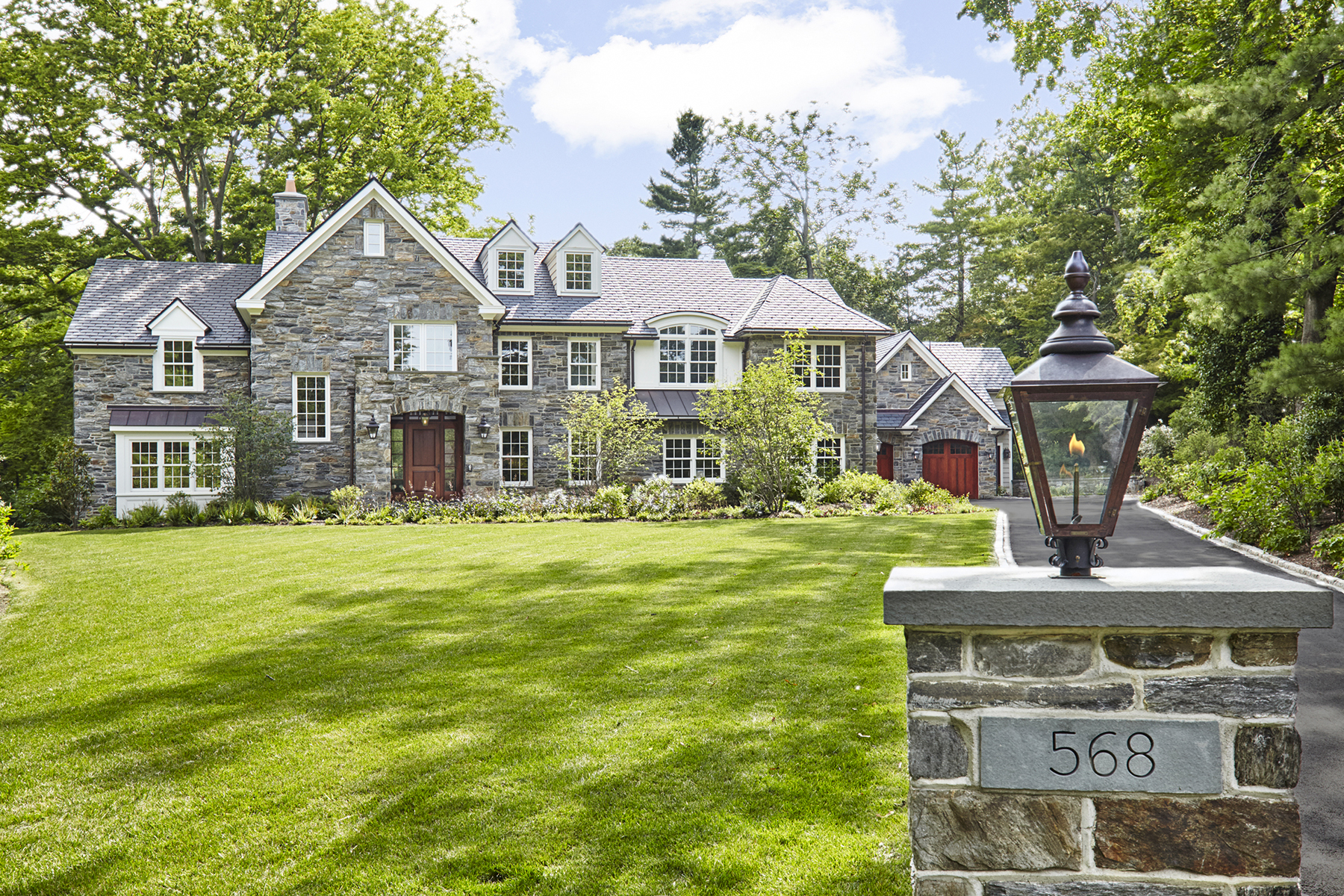 Villa per Vendita alle ore Exquisitely Crafted Estate 568 Ferndale Ln. Haverford, Pensilvania, 19041 Stati Uniti