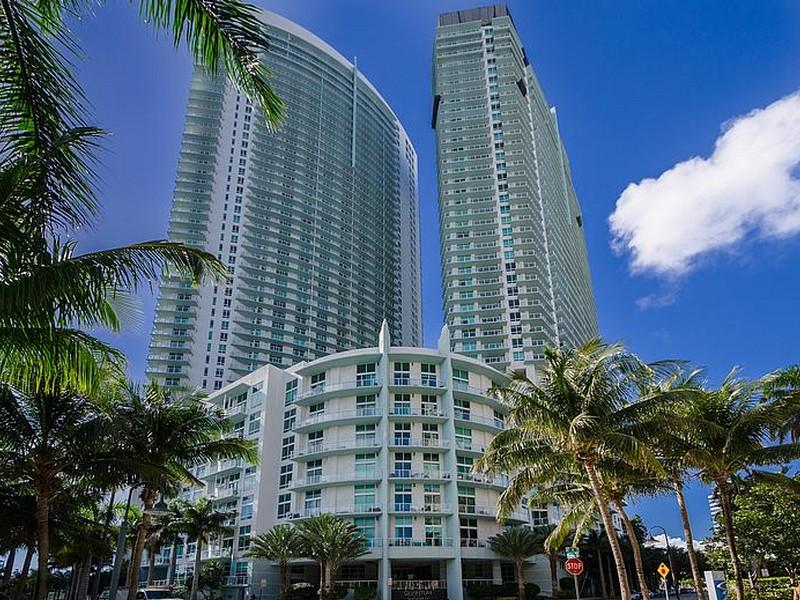 Nhà chung cư vì Bán tại 1900 N Bayshore Dr Unit 5004 1900 N Bayshore Dr Unit PH-5004 Miami, Florida 33132 Hoa Kỳ