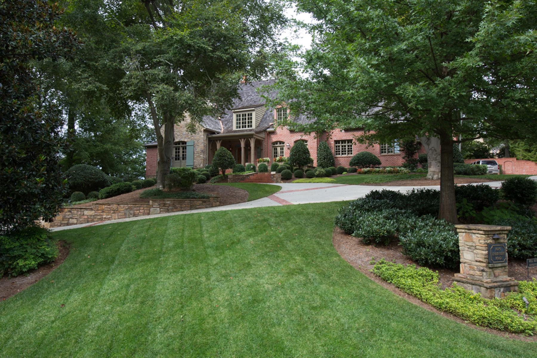 一戸建て のために 売買 アット Stunning Riverside Estate 1015 Heards Ferry Road Atlanta, ジョージア 30328 アメリカ合衆国