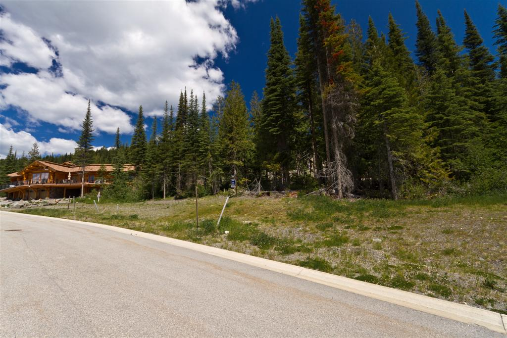 Terreno por un Venta en Southern Exposure Residentail Building Lot 5326 Lookout Ridge Drive Sun Peaks, British Columbia V0E 5N0 Canadá