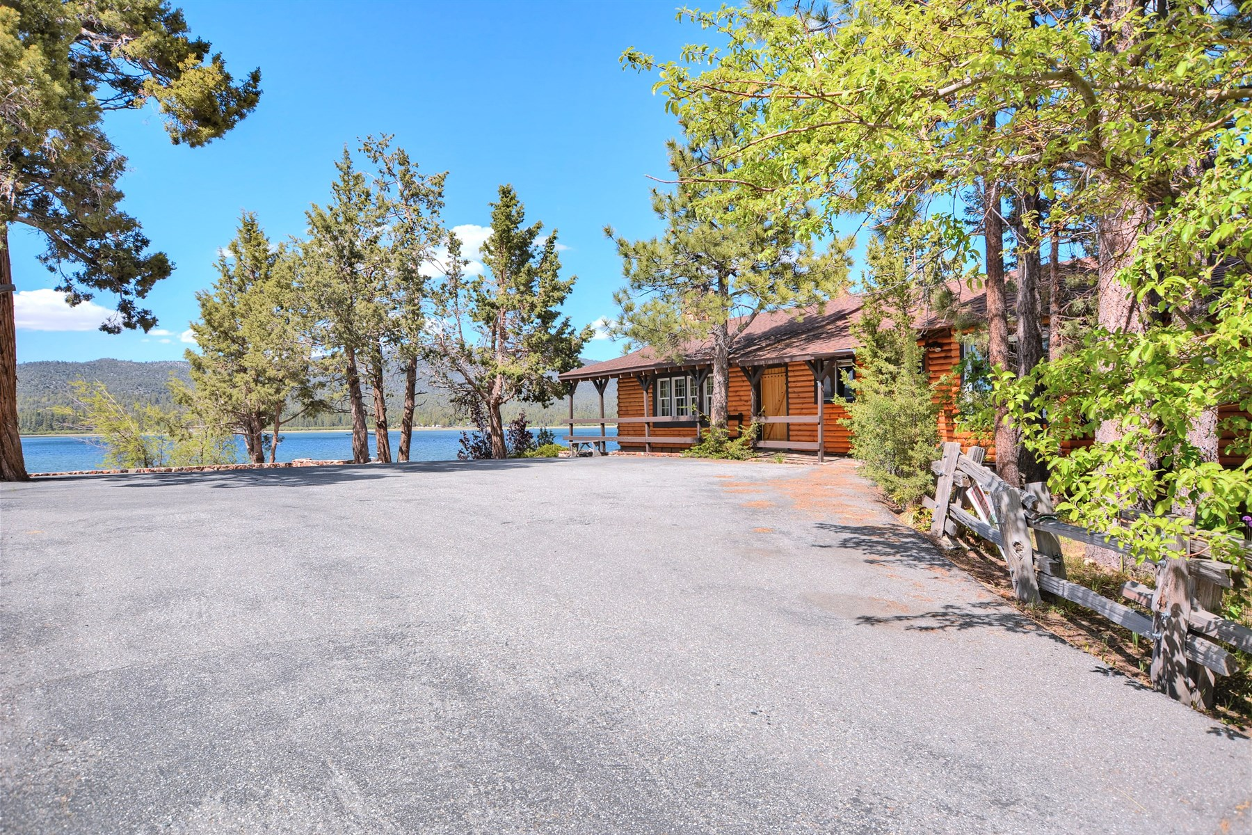 Villa per Vendita alle ore 328 Gibralter Big Bear Lake, California, 92315 Stati Uniti