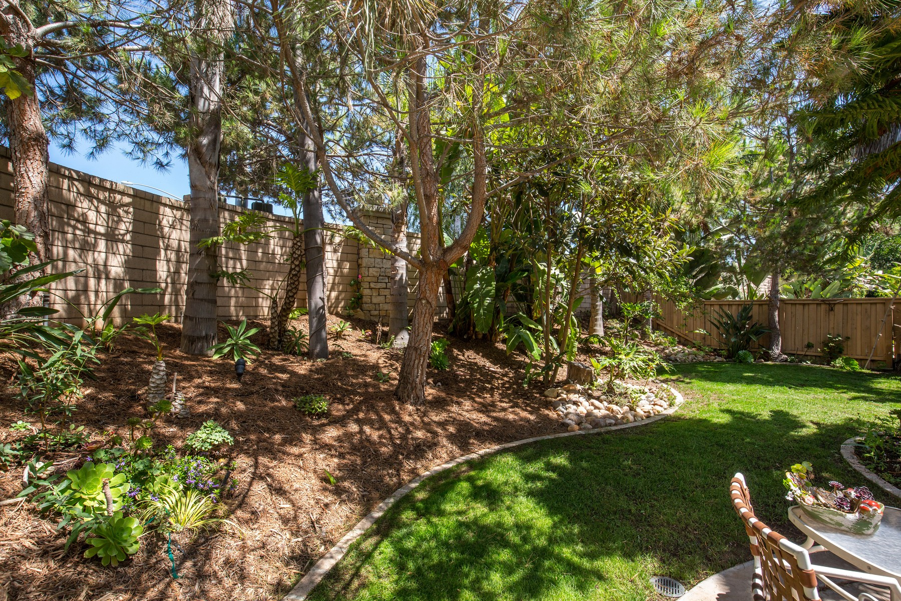 Additional photo for property listing at 10691 Hunters Glen Drive  San Diego, California 92130 Estados Unidos