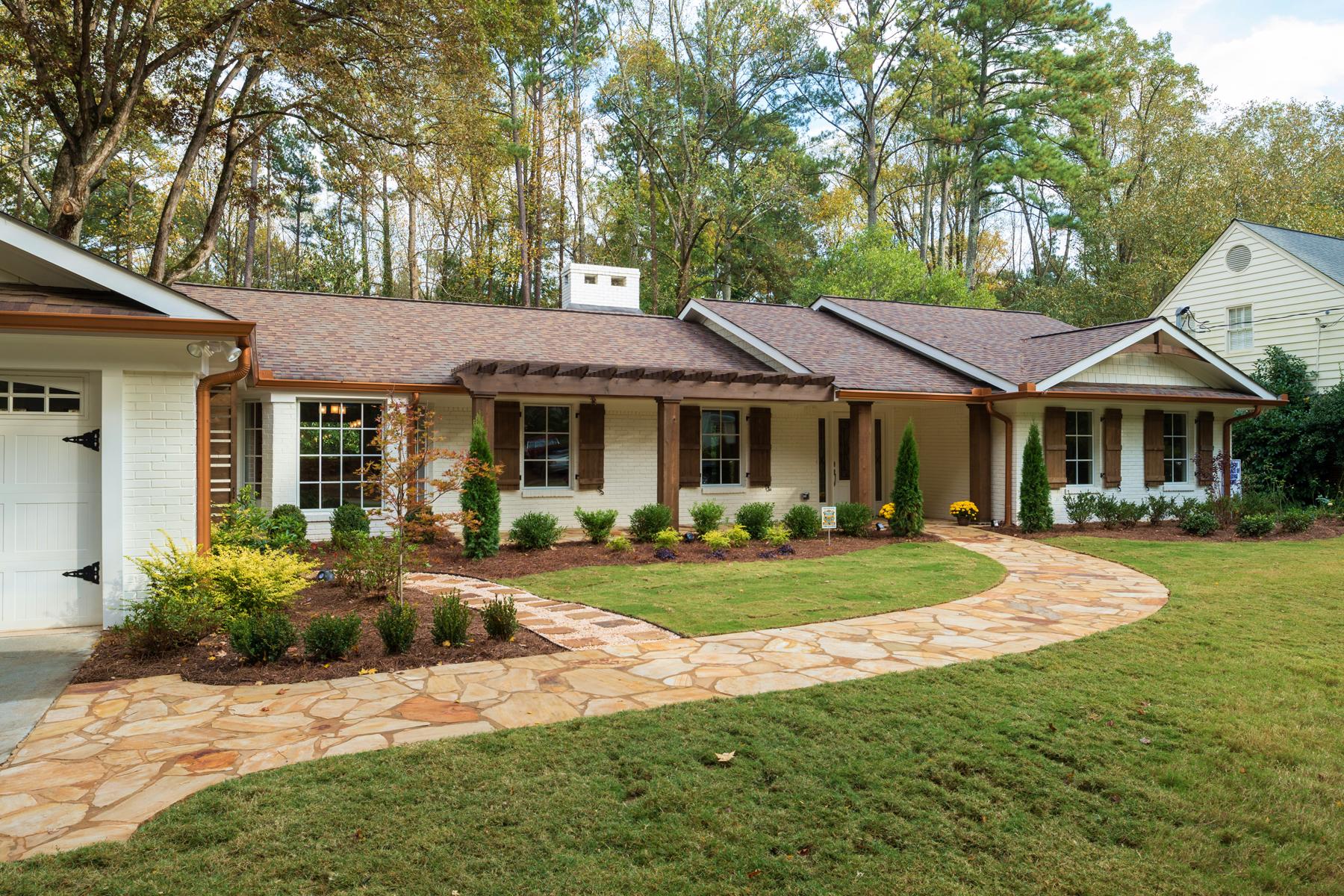 Частный односемейный дом для того Продажа на Newly Completed Midcentury Style In Park-Like Buckhead Setting 3192 Rockingham Drive Buckhead, Atlanta, Джорджия 30327 Соединенные Штаты